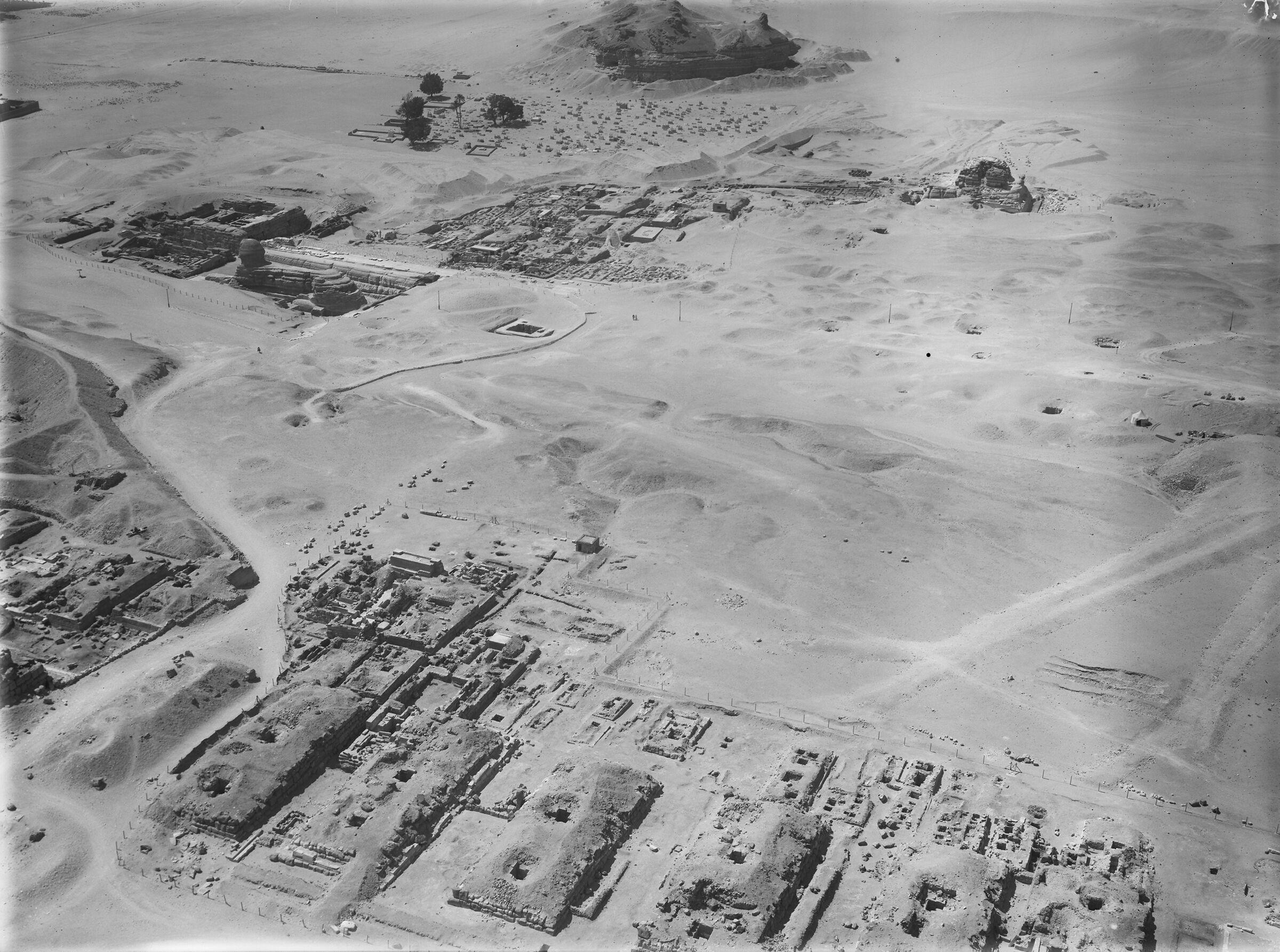 G I-South Cemetery: Site: Giza; View: Mastaba, VI, Mastaba VII, Mastaba VIII, Mastaba IX, Mastaba X, Nisusankh, Nisuhenu, Sehetepu Tepu, Heneni, Khenut, Lepsius 53, Lepsius 54, Lepsius 55, Seshemnefer-tjeti, Ptahhetep