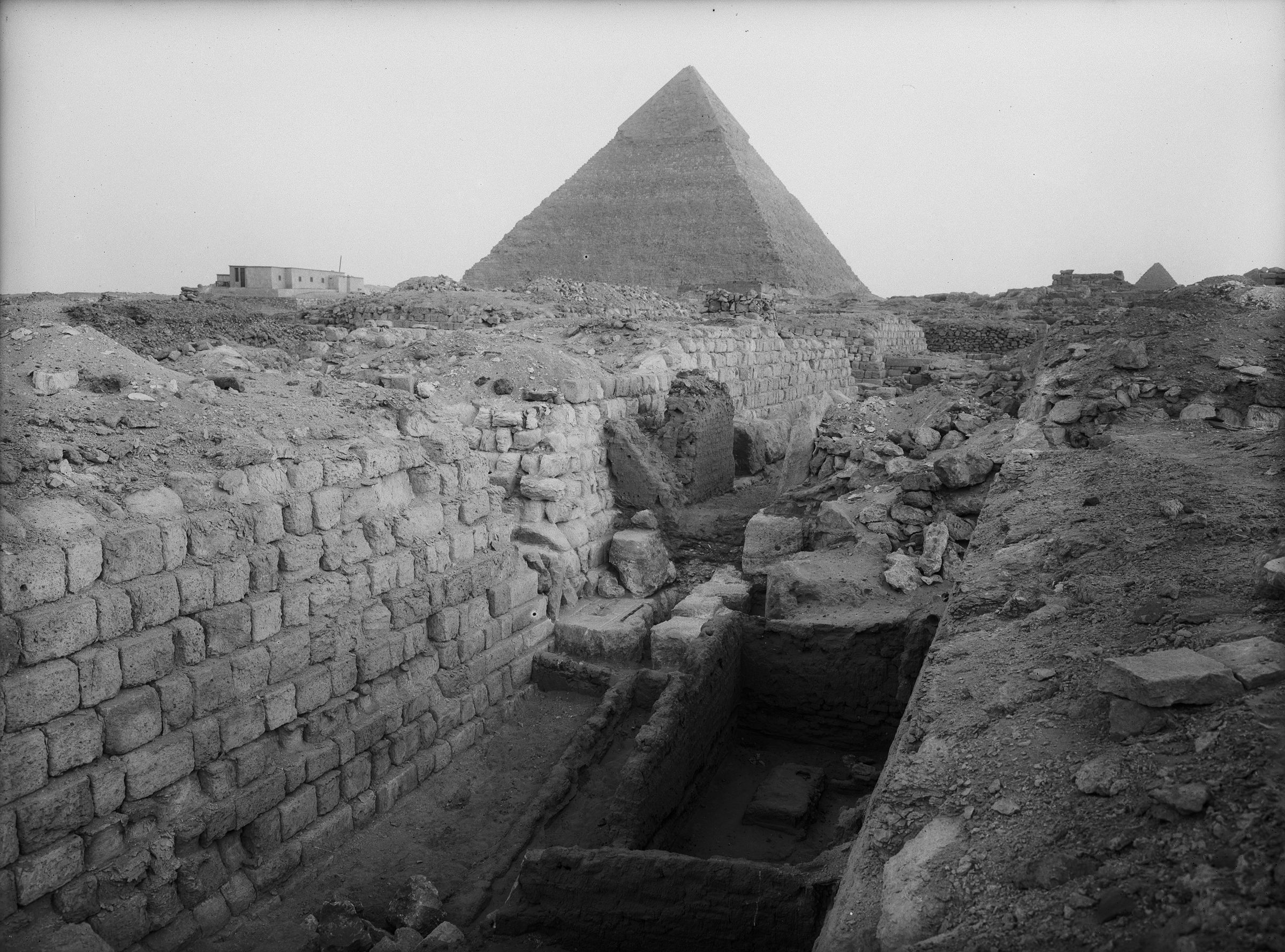 Western Cemetery: Site: Giza; View: G 1223, G 1233, G 1235