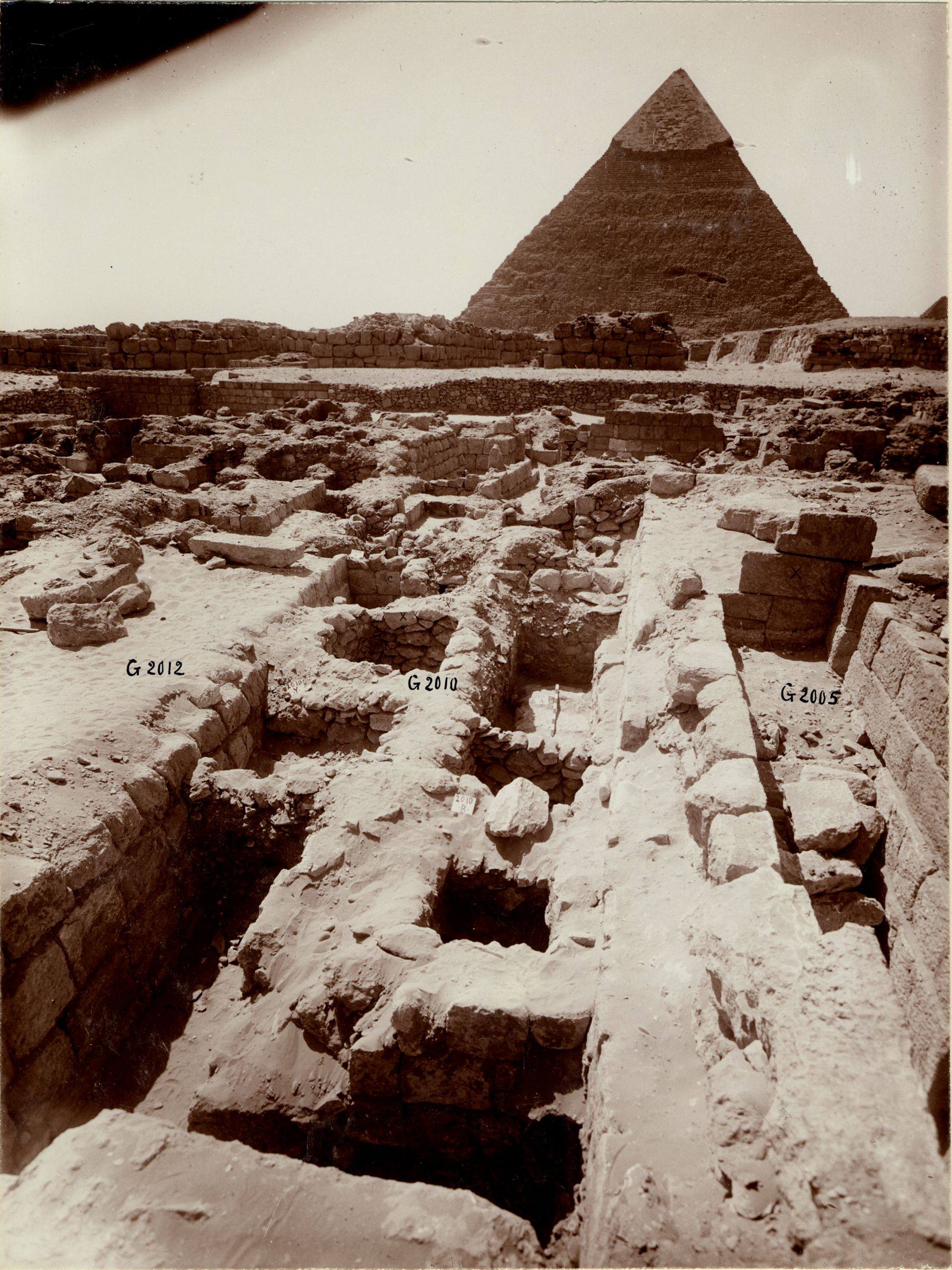 Western Cemetery: Site: Giza; View: G 2005, G 2010, G 2012