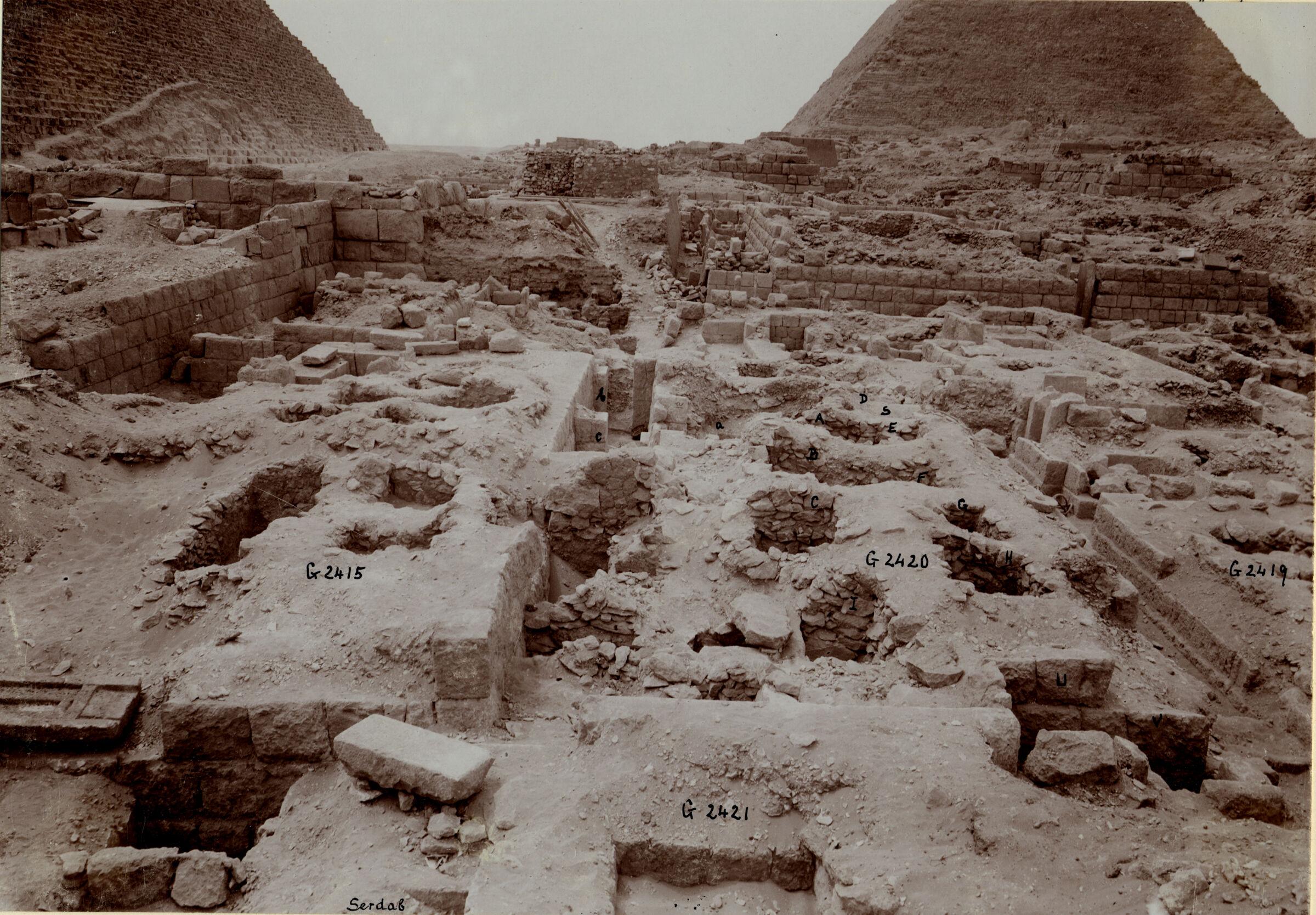 Western Cemetery: Site: Giza; View: G 2420, G 2415, G 2416, G 2421, G 2419