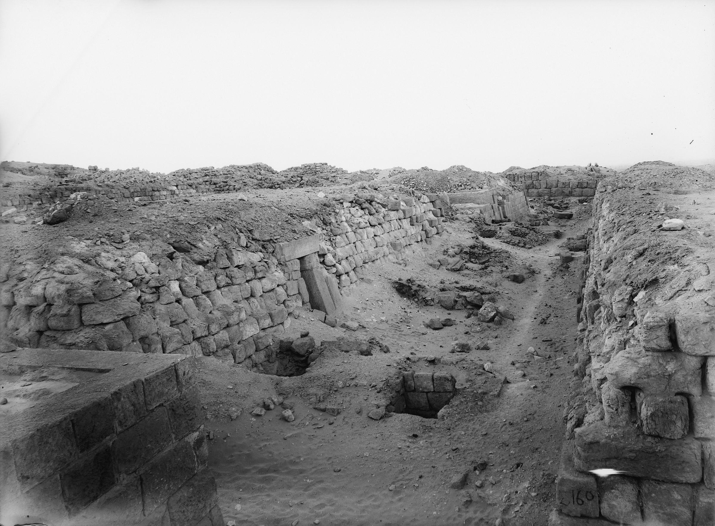 Western Cemetery: Site: Giza; View: G 2140, G 2148