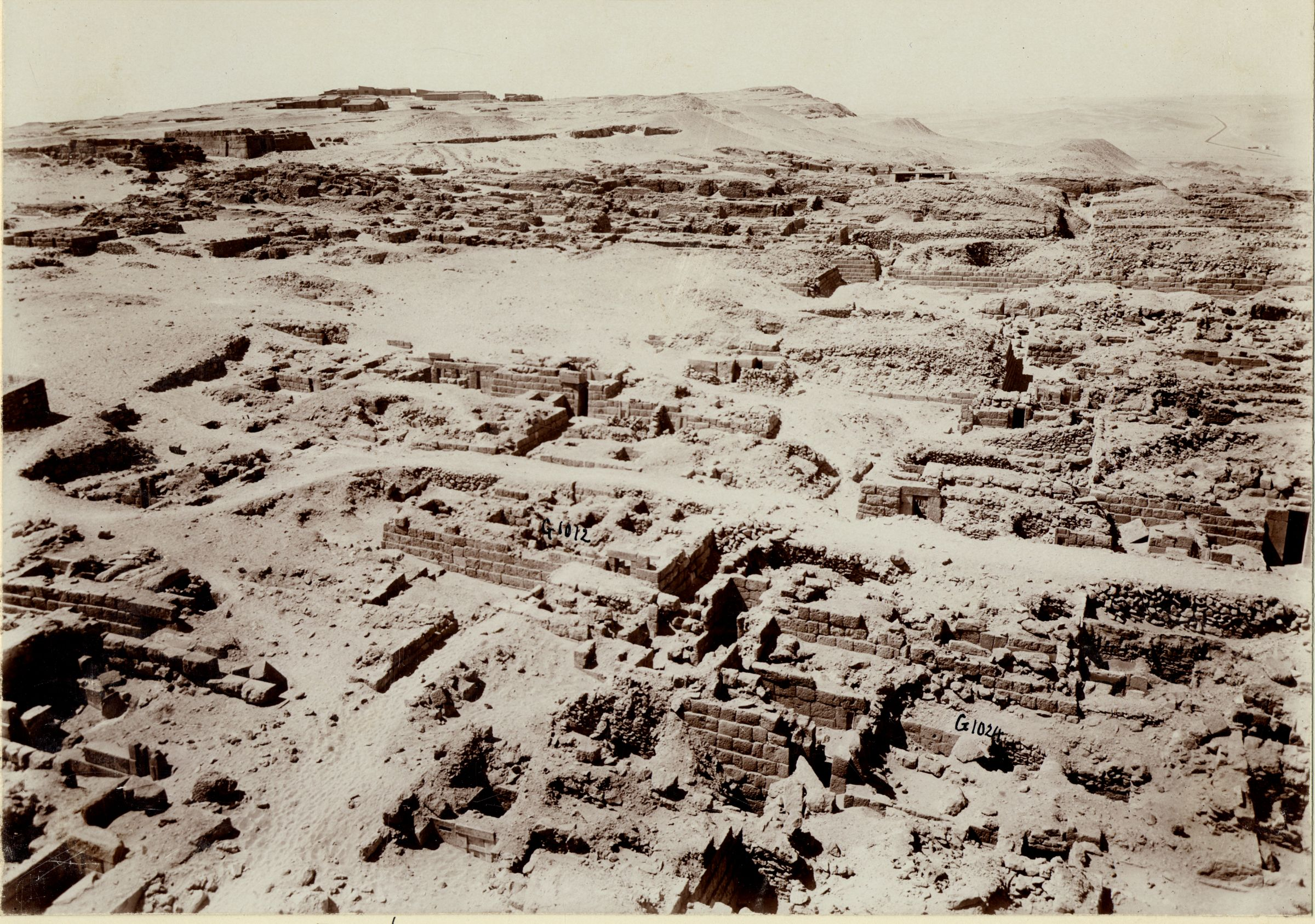 Western Cemetery: Site: Giza; View: G 1024, G 1012