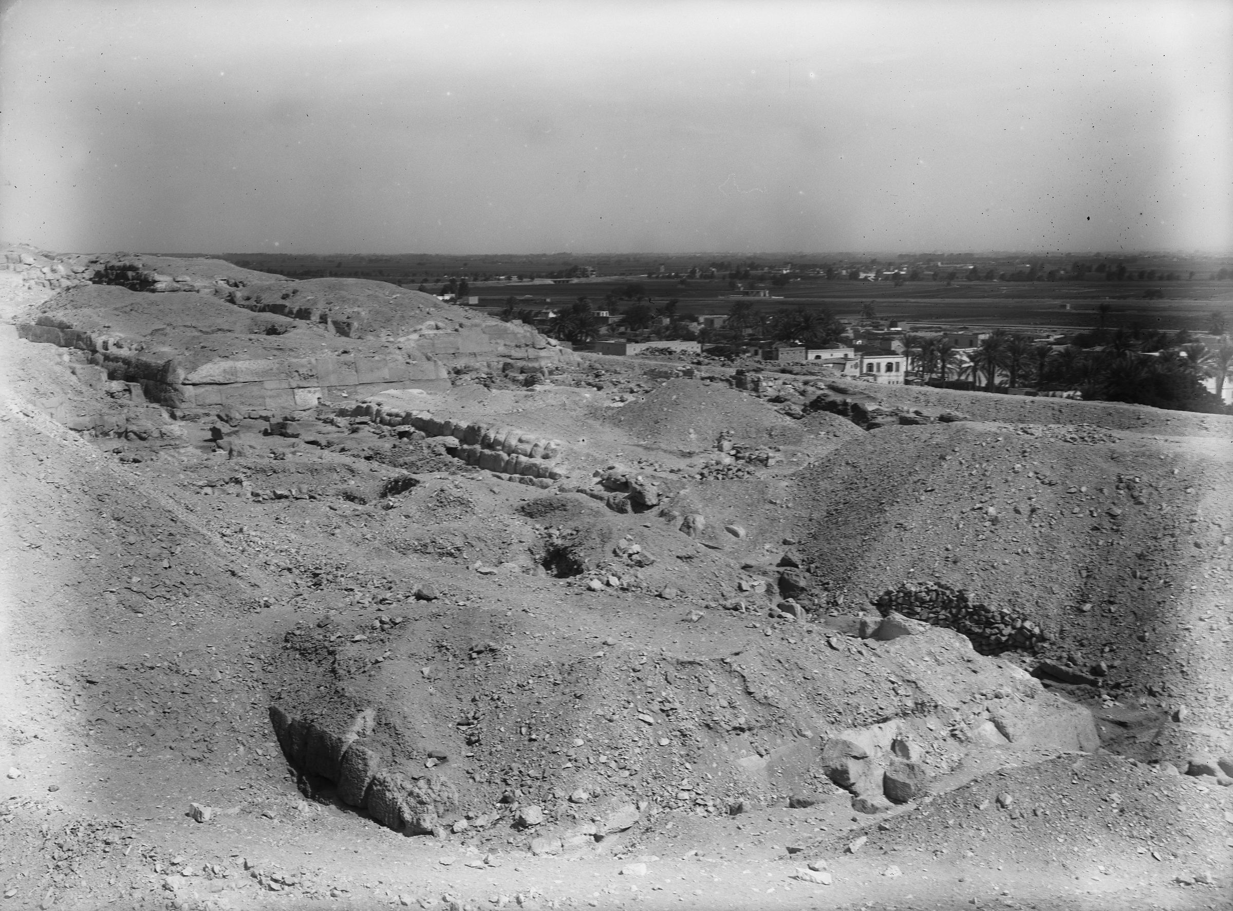 Eastern Cemetery: Site: Giza; View: G 7560, G 7670, G 7660, G 7760