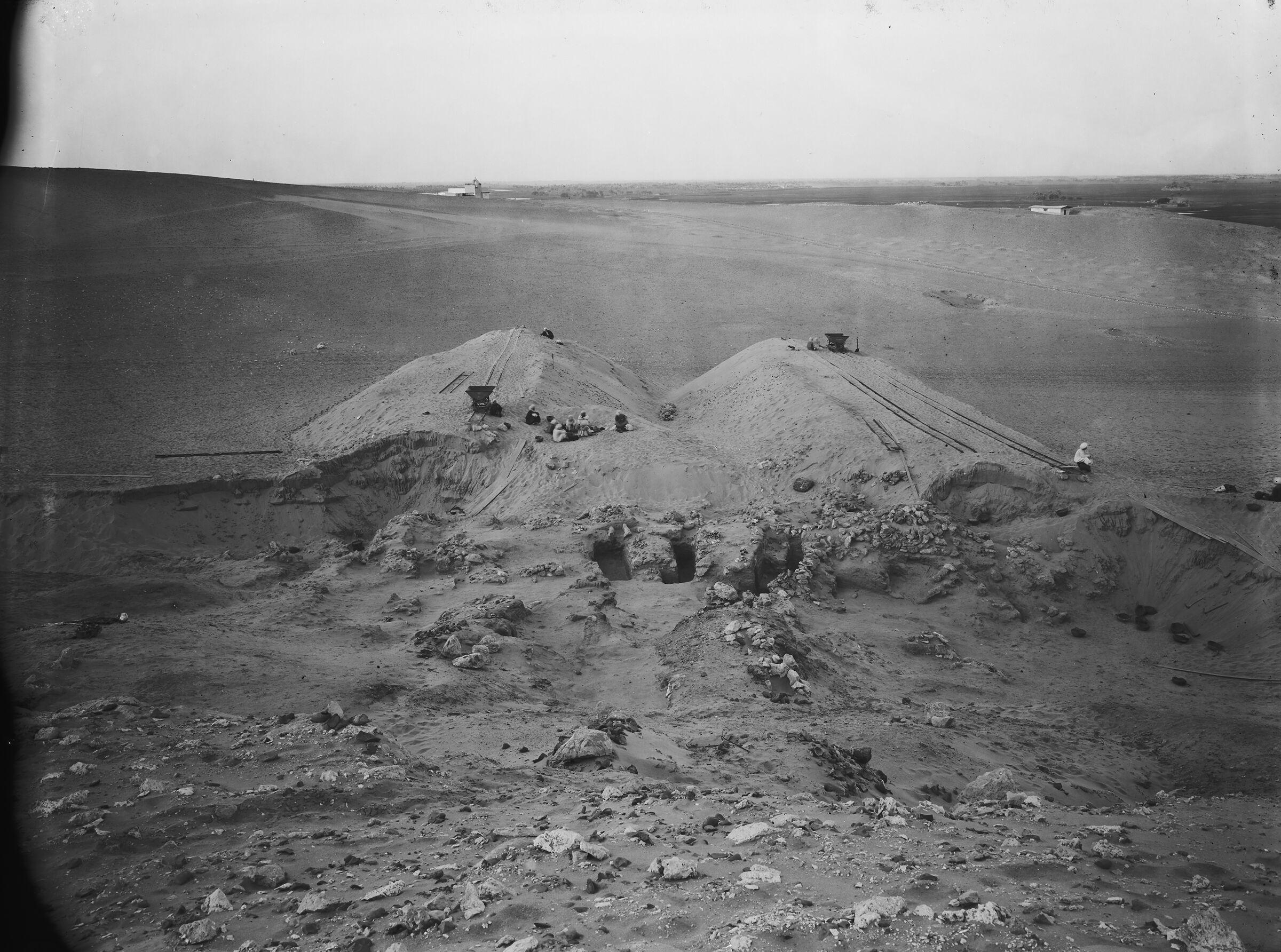 Wadi Cemetery (Reisner; north of W. Cem): Site: Giza; View: GW 24, GW 26