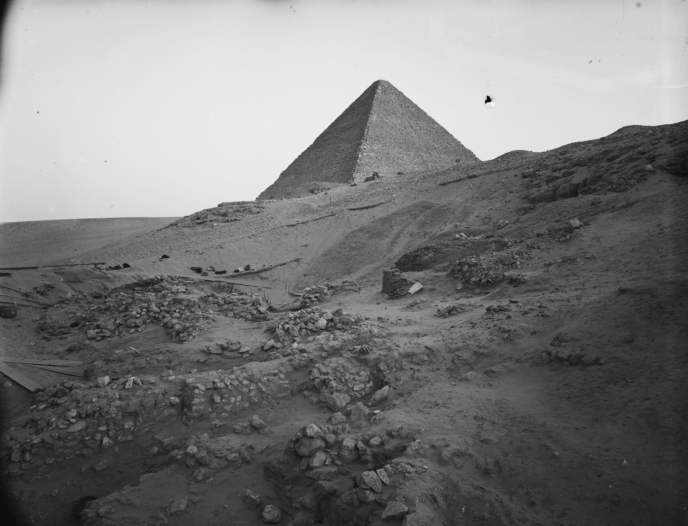 Wadi Cemetery (Reisner; north of W. Cem): Site: Giza; View: GW 16, GW 31, GW 34, GW 35