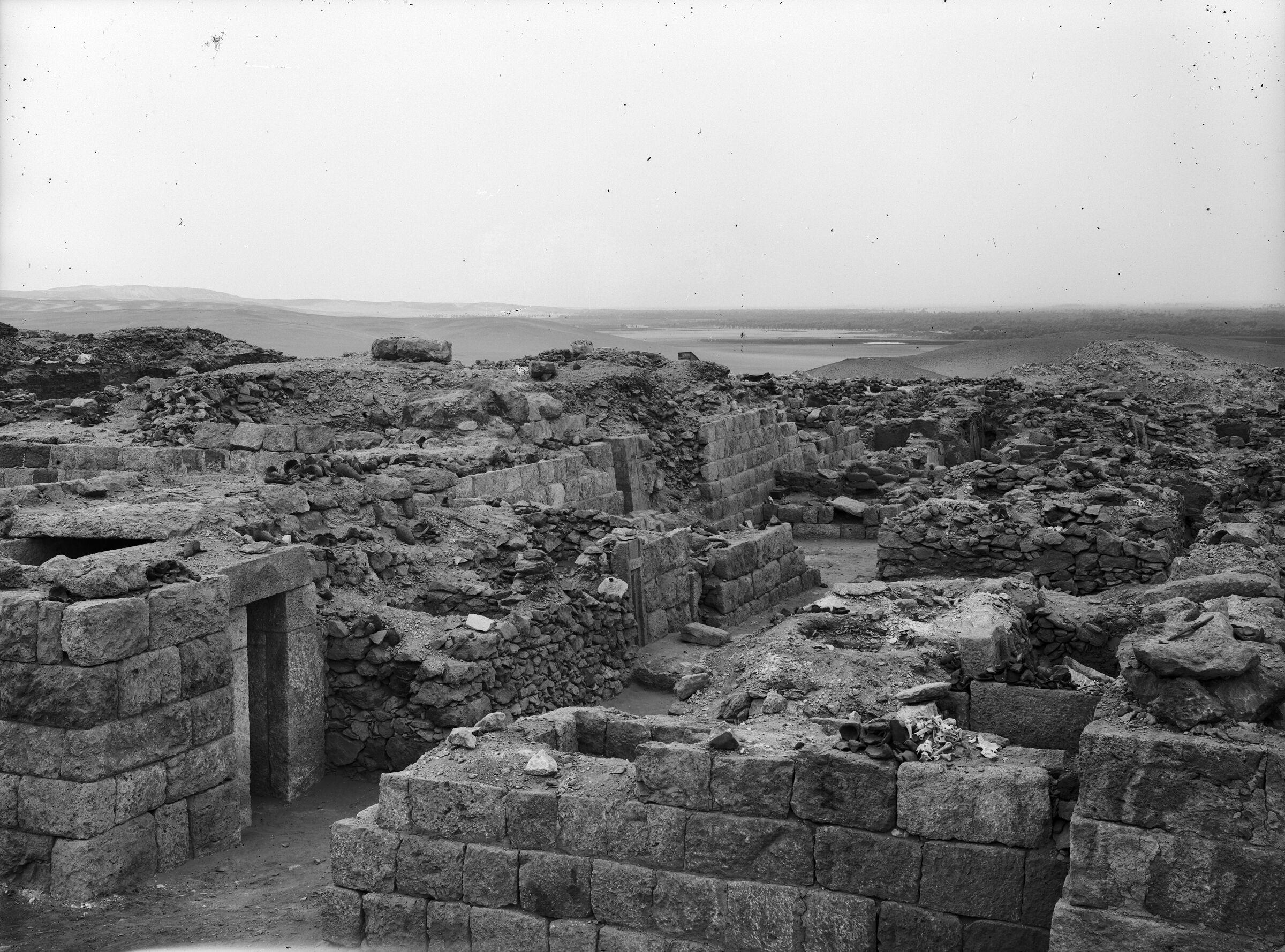 Western Cemetery: Site: Giza; View: G 1013, G 1021, G 1016, G 1018, G 1020, G 1019