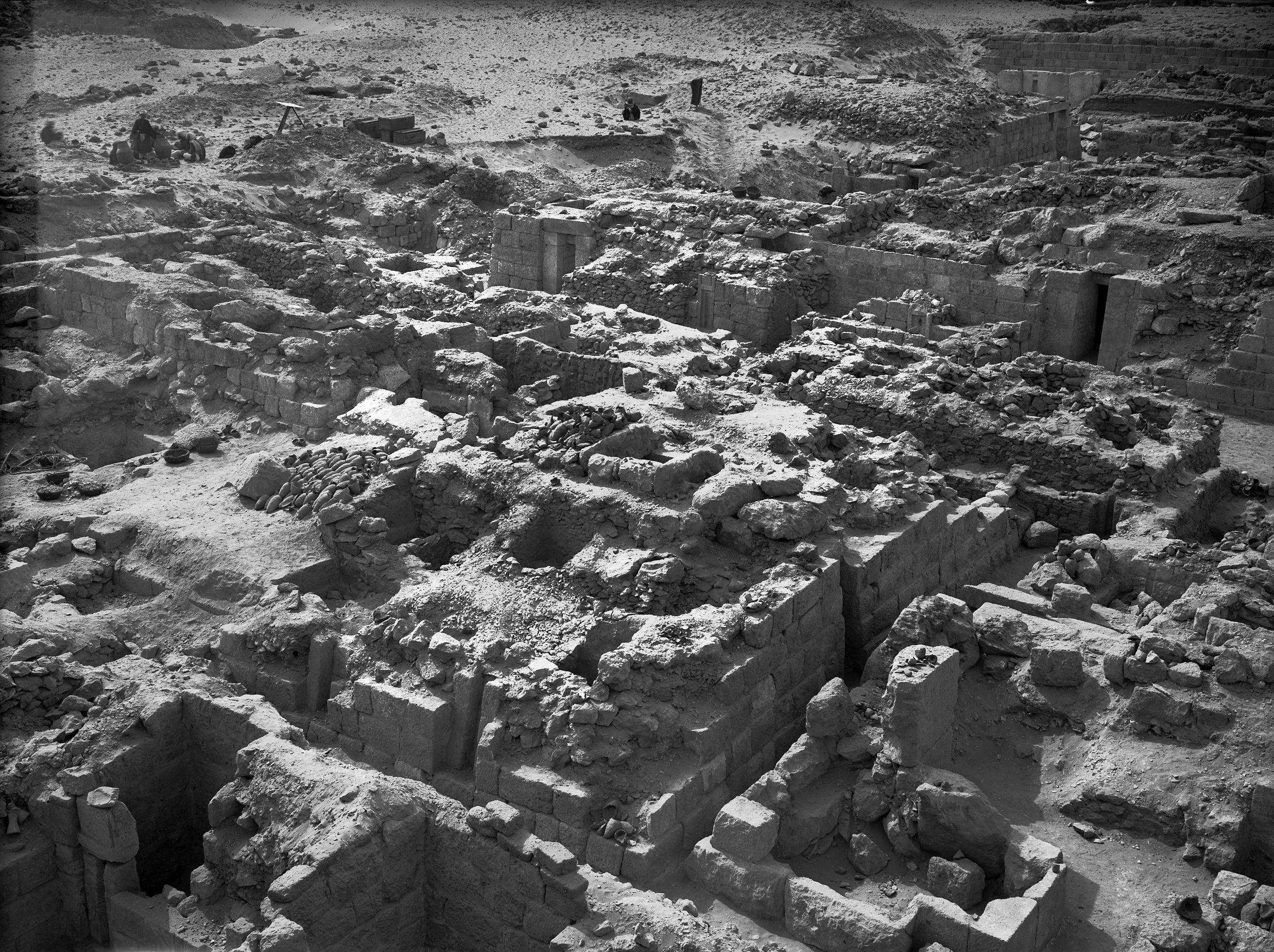 Western Cemetery: Site: Giza; View: G 1025, G 1031, G 1022, G 1027