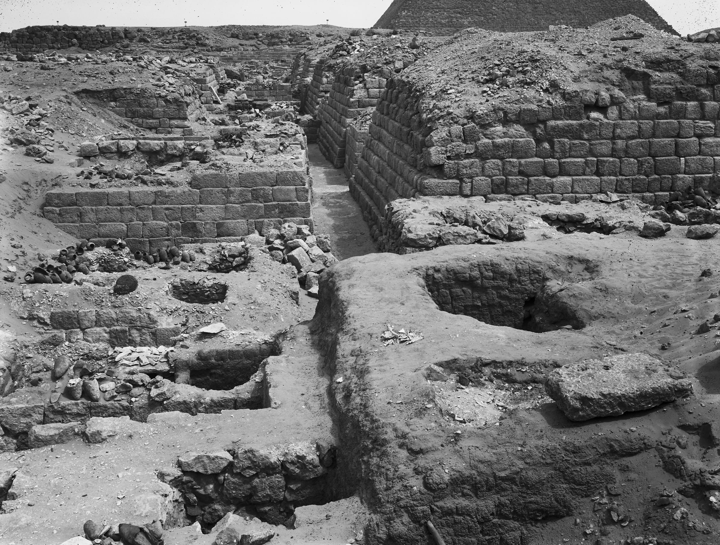Western Cemetery: Site: Giza; View: G 1209, G 1404, G 1403