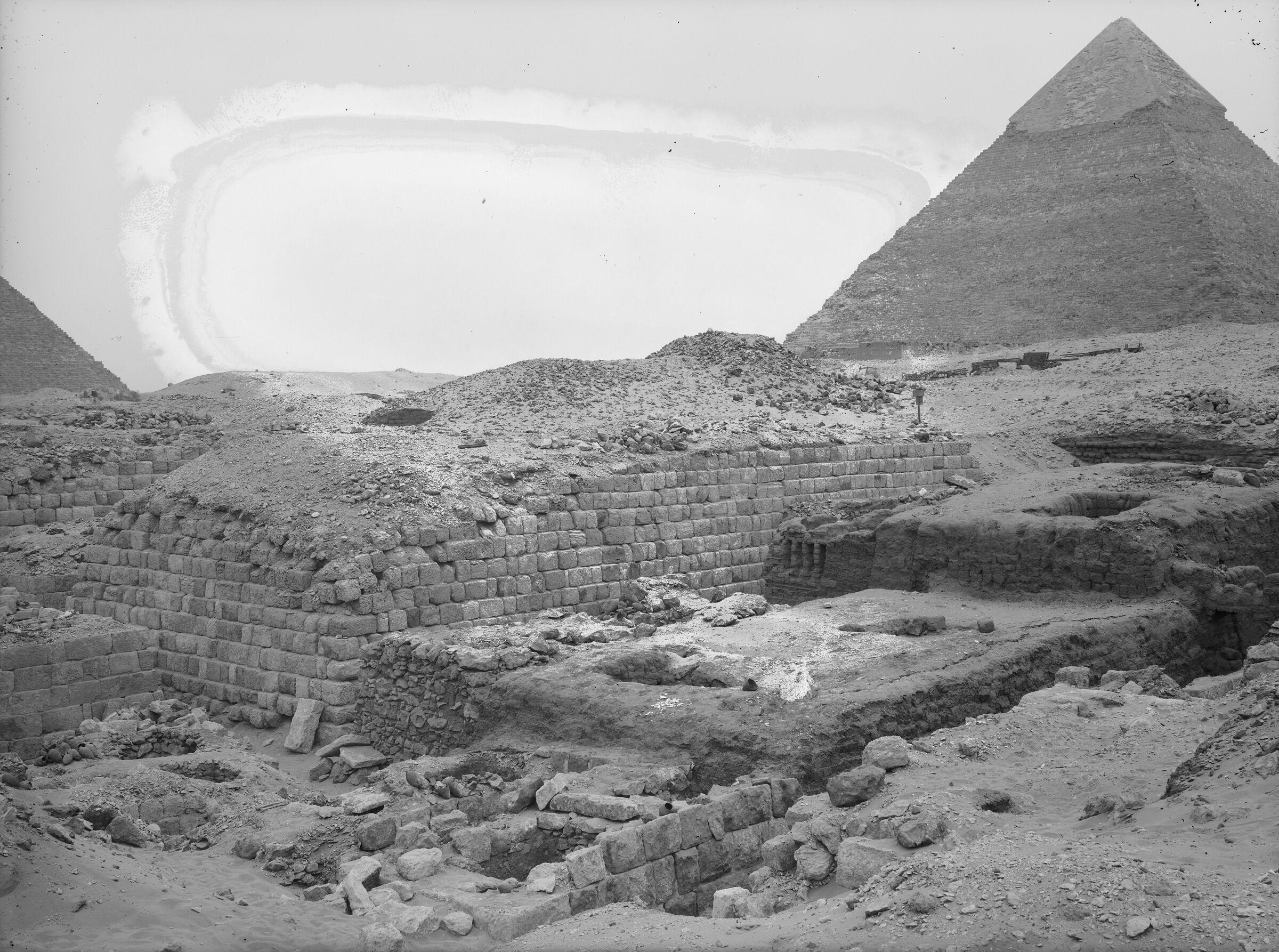 Western Cemetery: Site: Giza; View: G 1209, G 1407, G 1404, G 1405, G 1403
