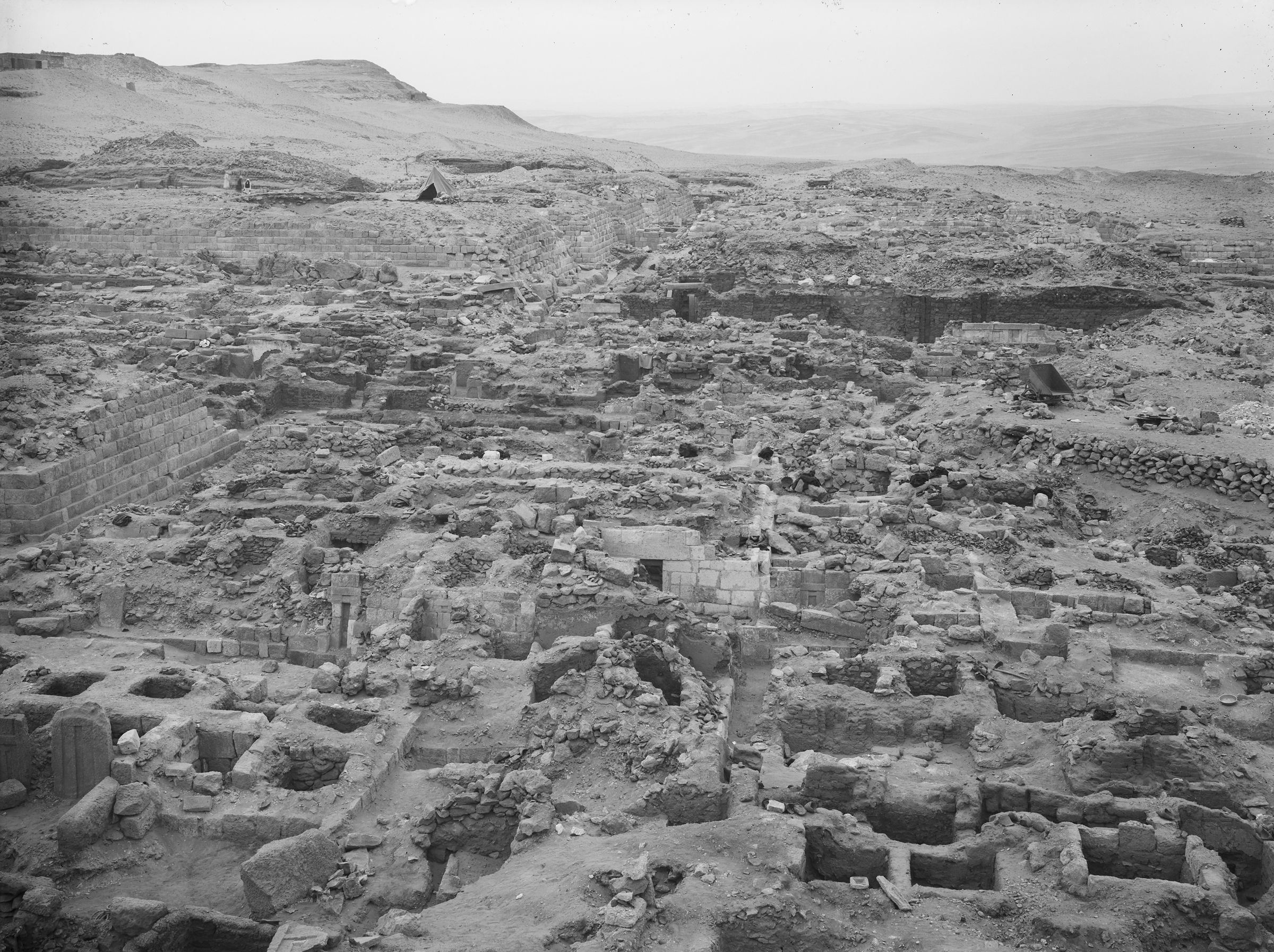 Western Cemetery: Site: Giza; View: G 1045+1046, G 1065, G 1063