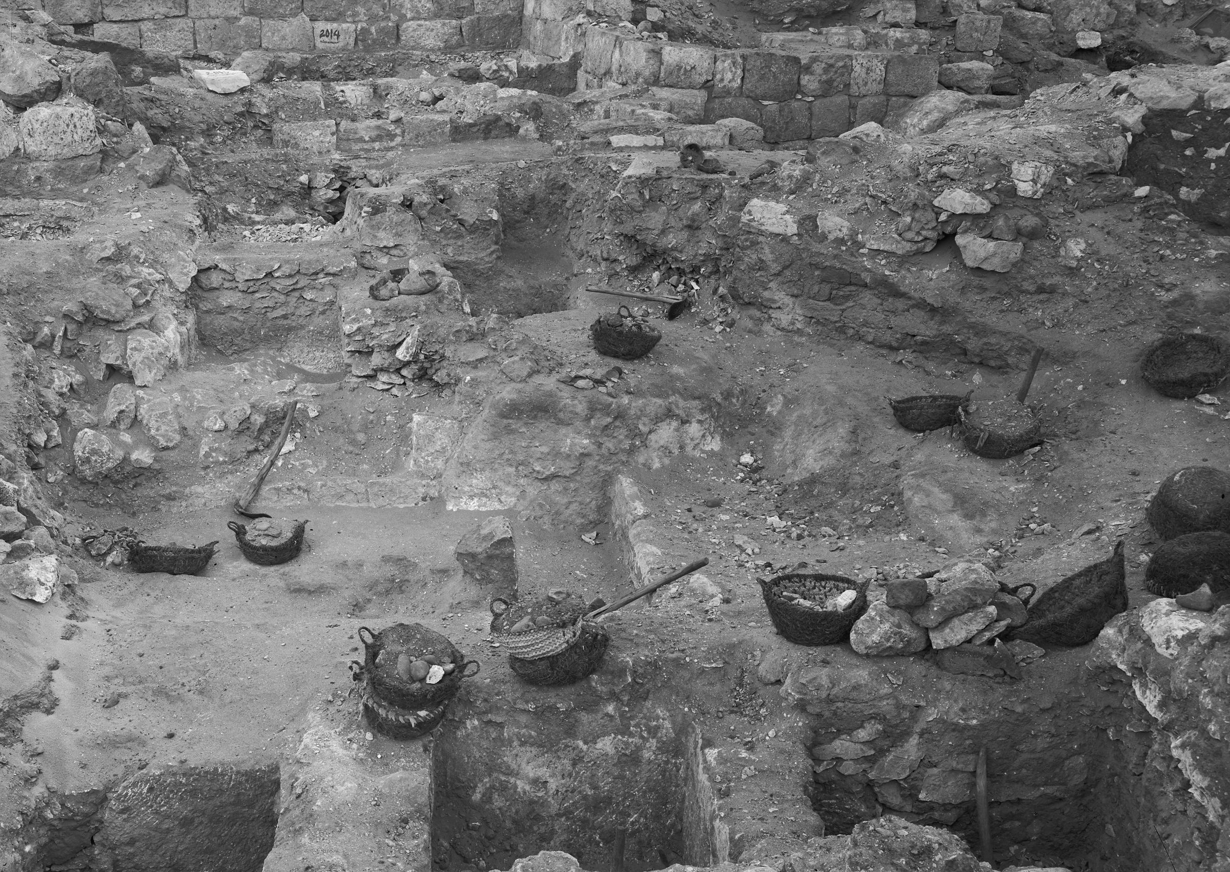 Western Cemetery: Site: Giza; View: G 2014, G 2013, G 2017, G 2016, G 2015