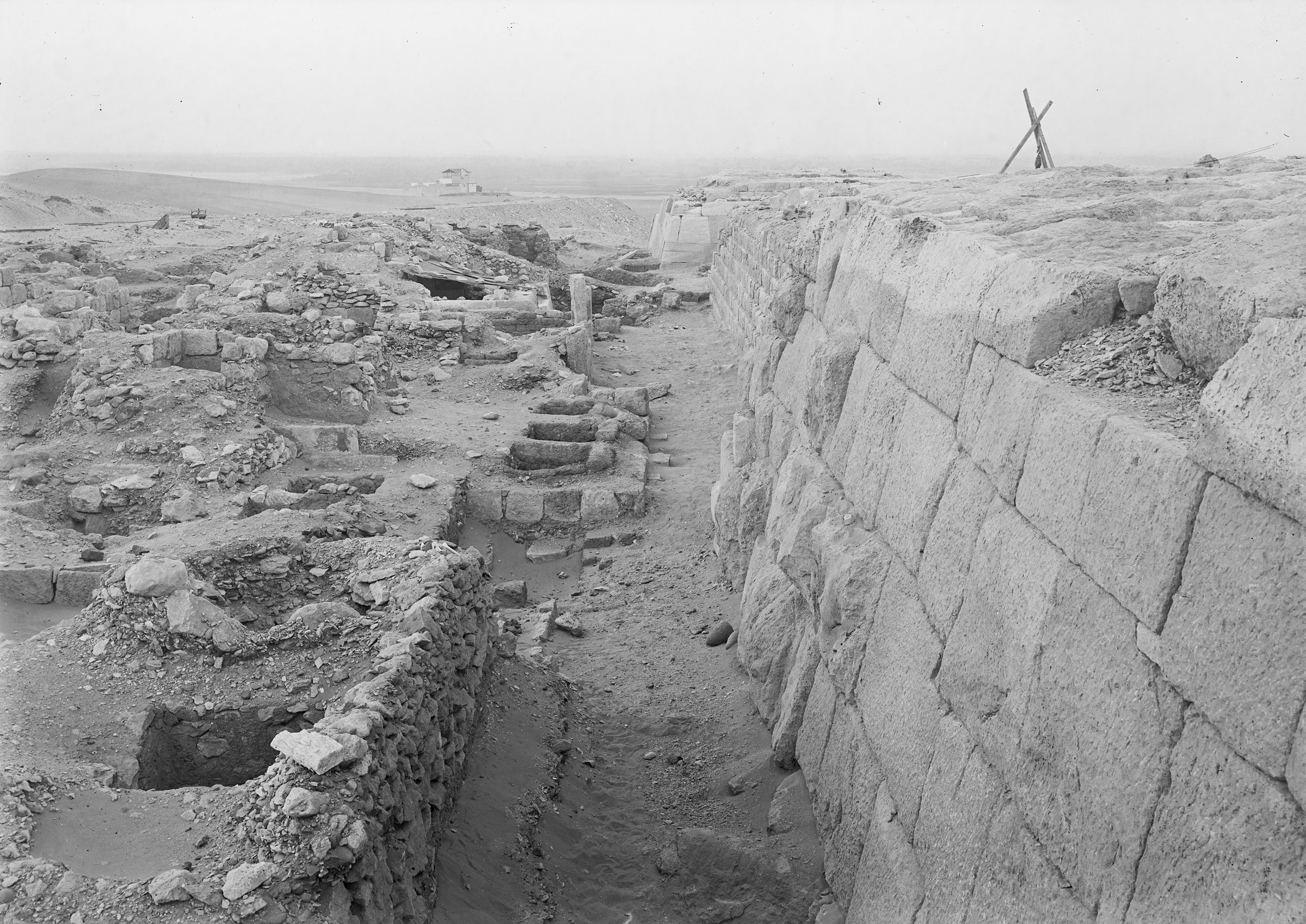 Western Cemetery: Site: Giza; View: G 2020, G 2021, G 2100-I