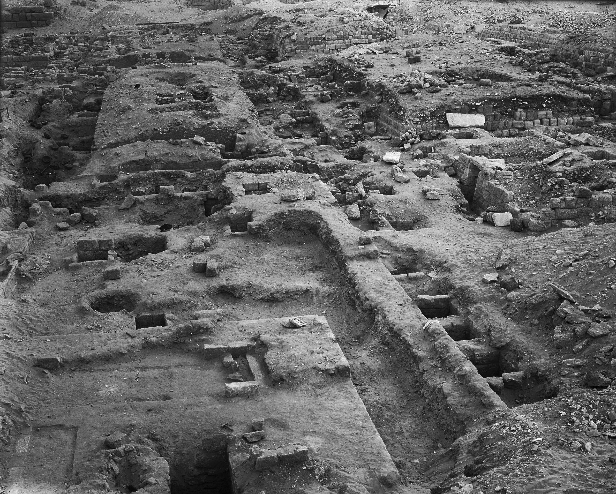 Western Cemetery: Site: Giza; View: G 2400, G 2350 = G 5290, G 2300 = G 5190, G 2198, G 2197