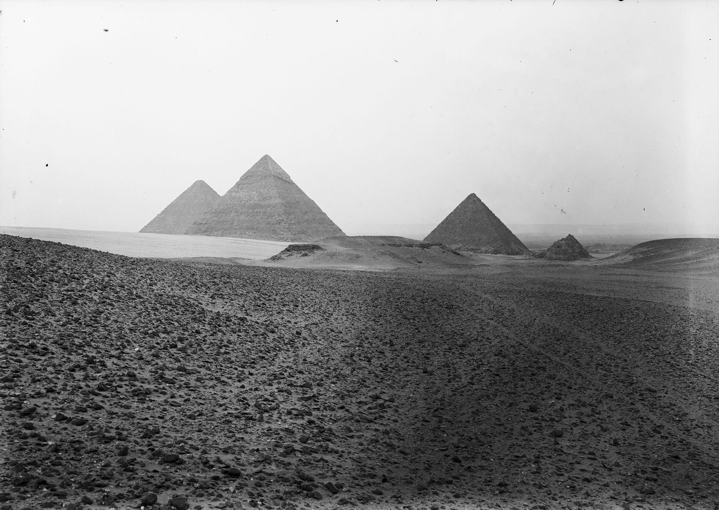 General view: Site: Giza; View: Khafre pyramid, Khufu pyramid, Menkaure pyramid