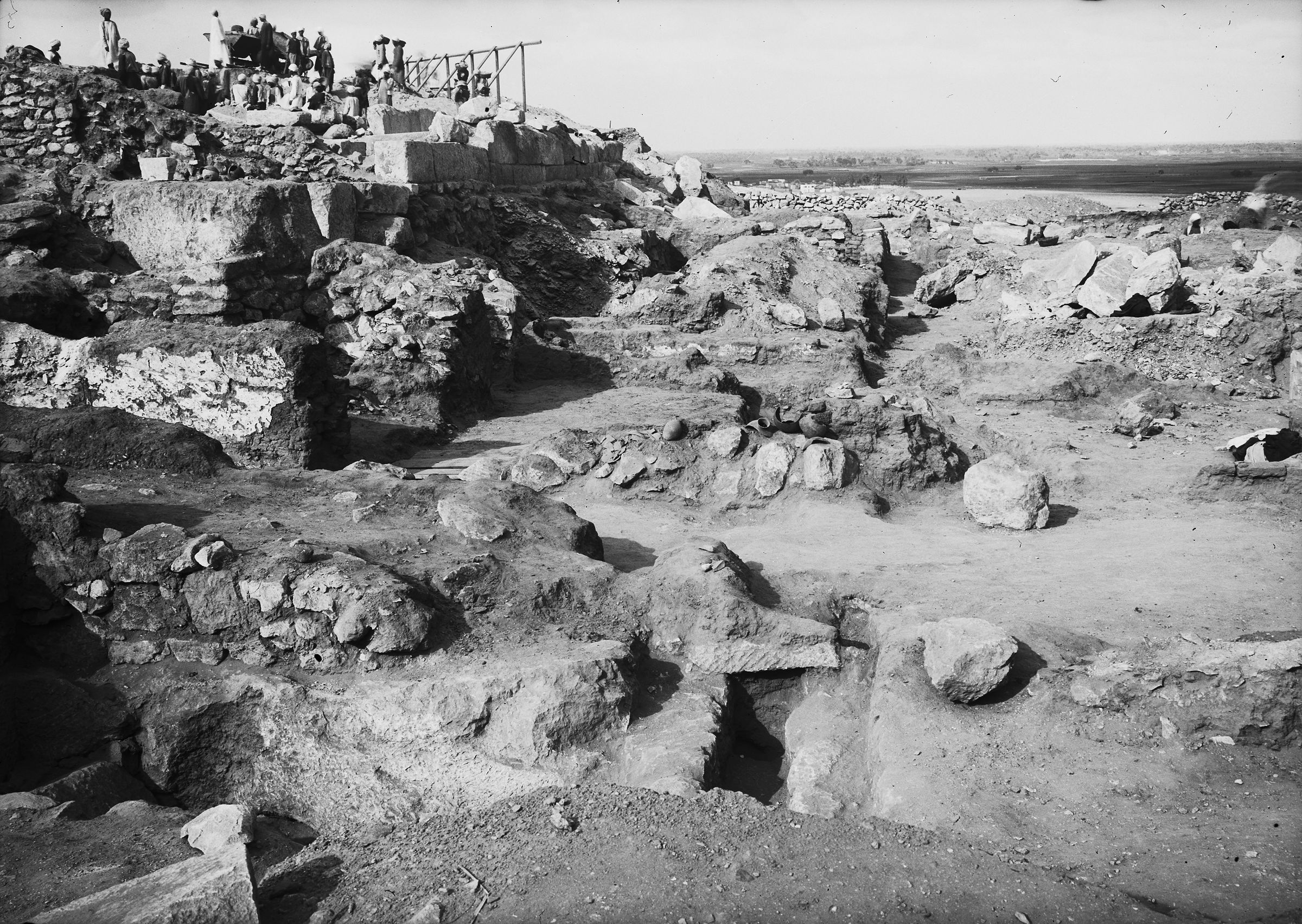 Western Cemetery: Site: Giza; View: G 2381, G 2385