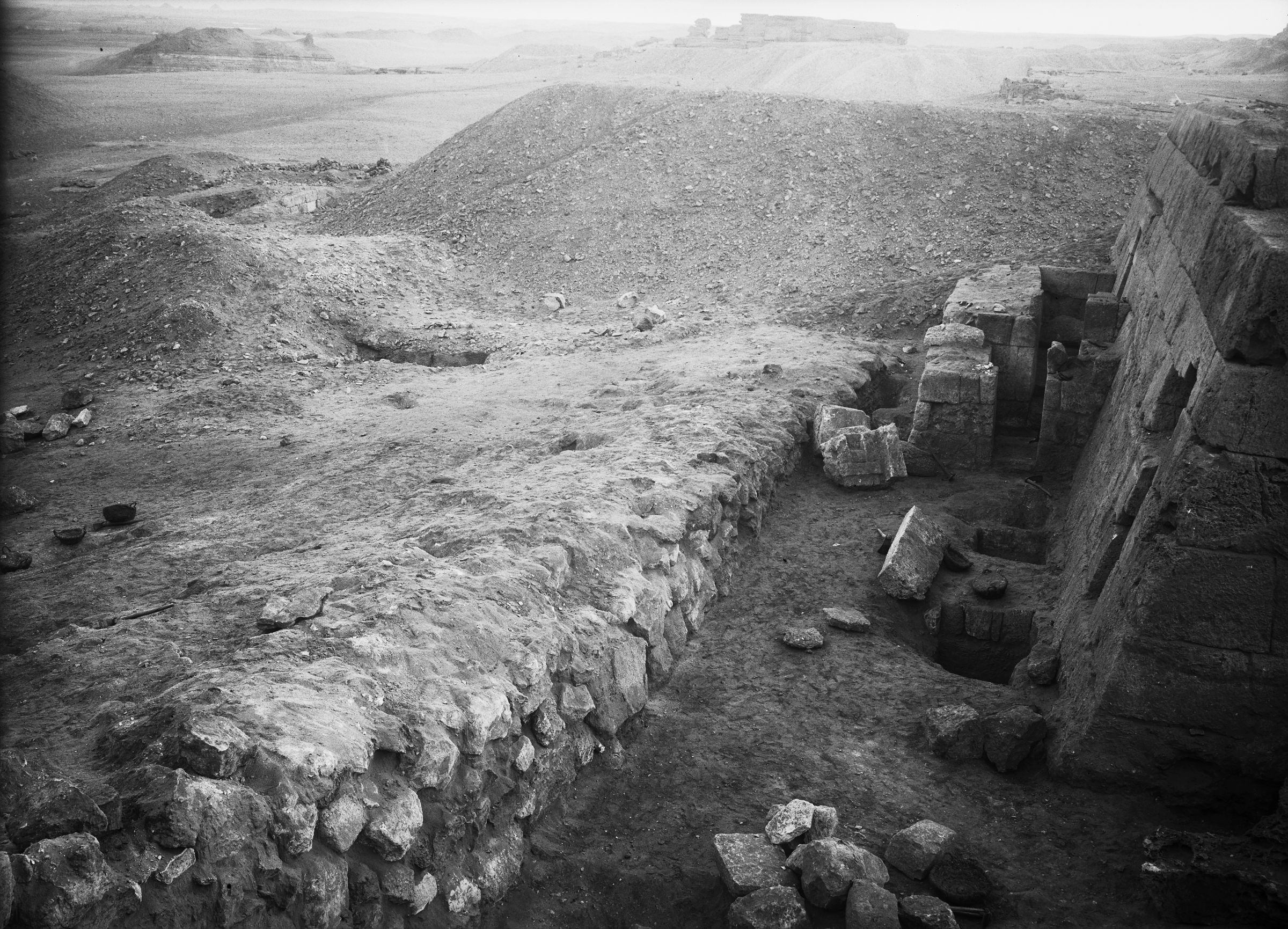 Western Cemetery: Site: Giza; View: G 5220, G 5210