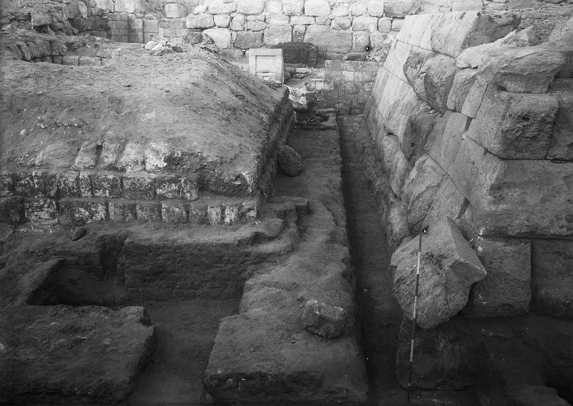 Western Cemetery: Site: Giza; View: G 4930, G 4940, G 4833