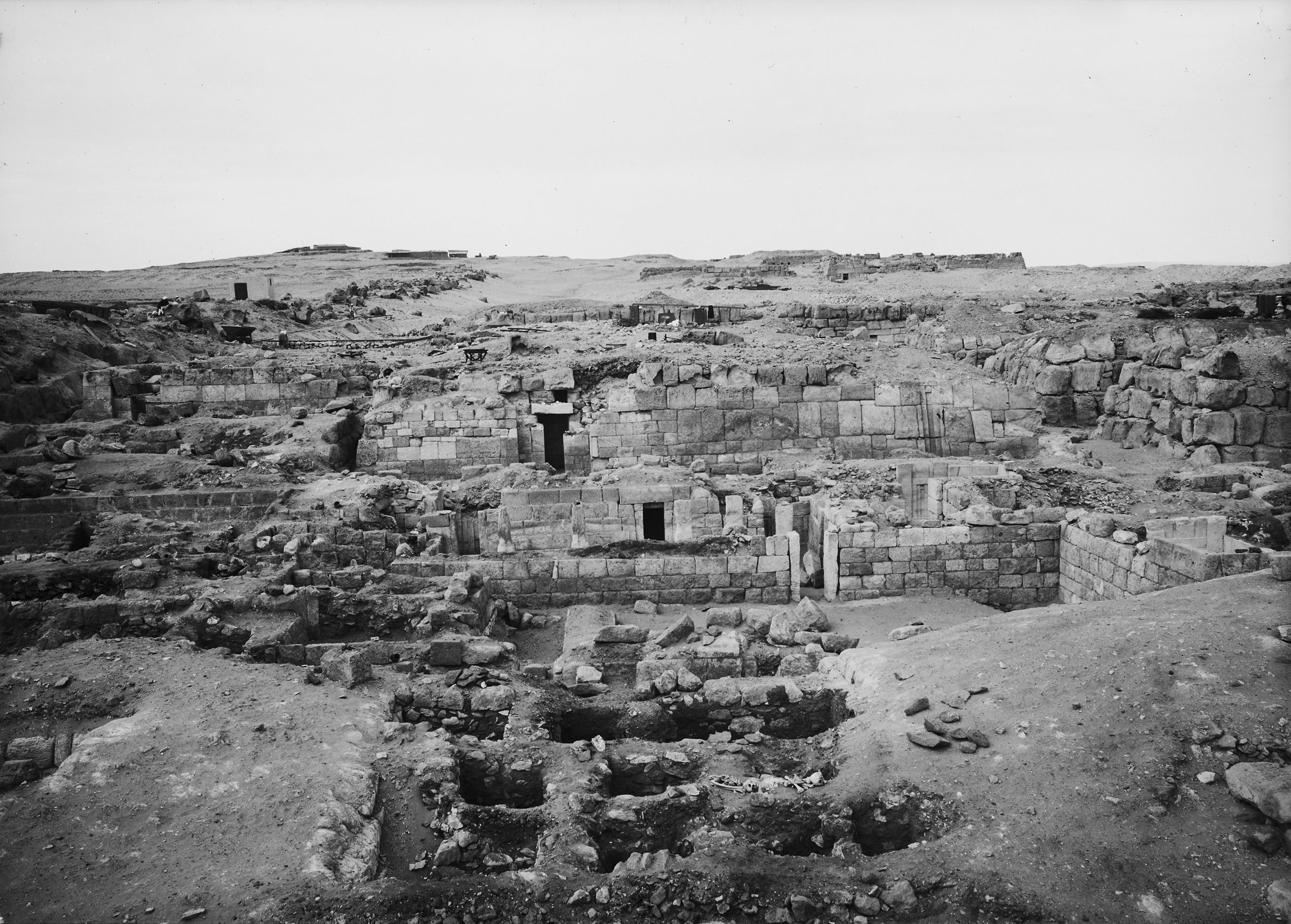 Western Cemetery: Site: Giza; View: G 4811+4812, G 4813, G 4710, G 4911