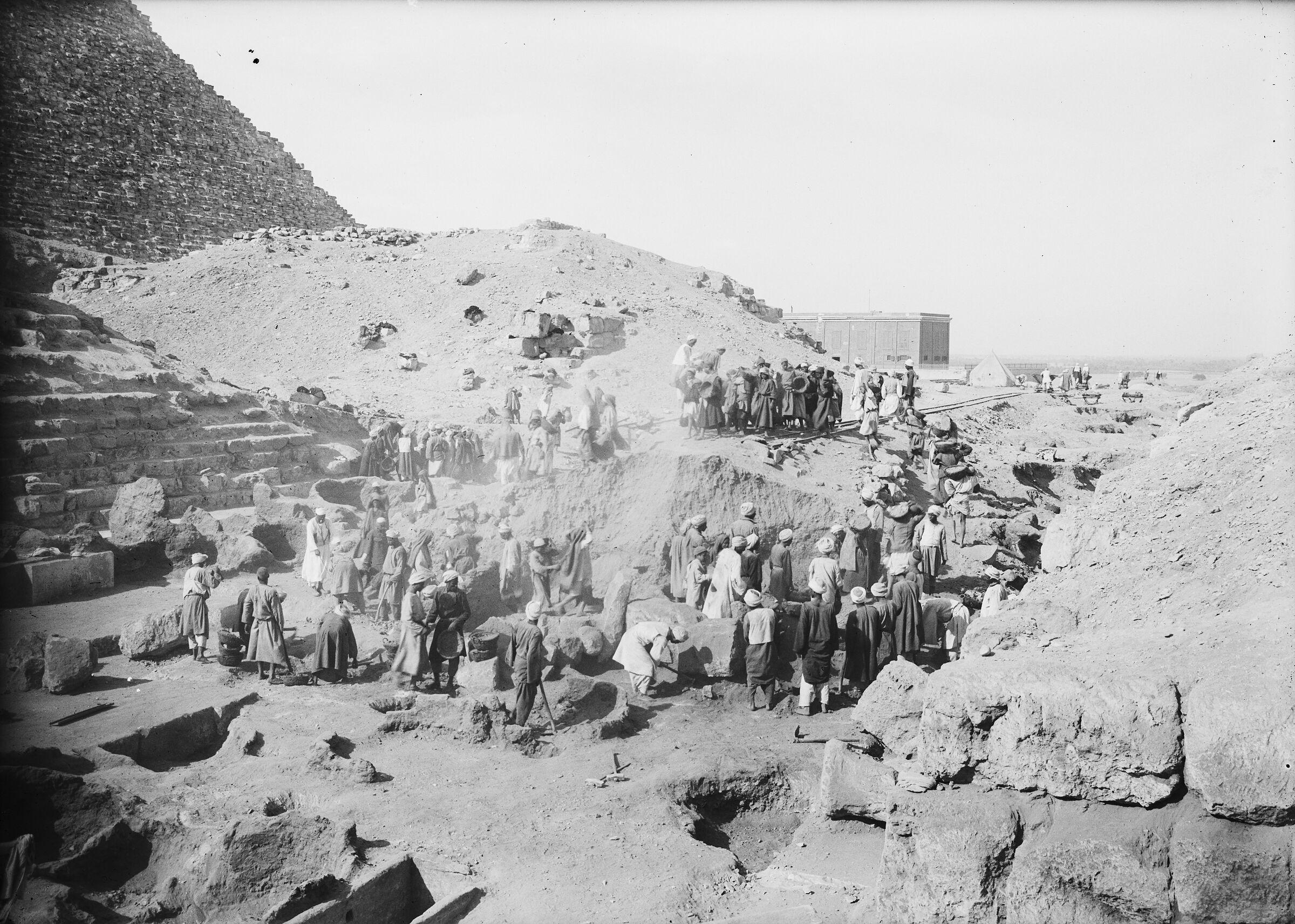 Eastern Cemetery: Site: Giza; View: street G 7000, G I-b, G I-a