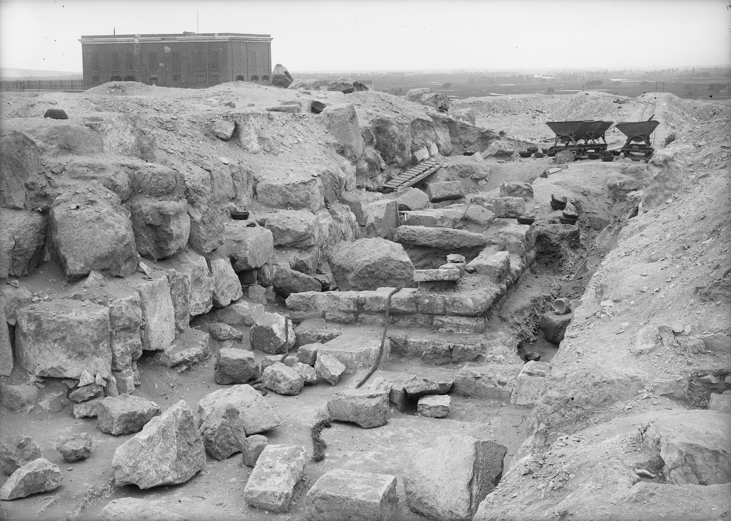 Eastern Cemetery: Site: Giza; View: street G 7100, G 7111