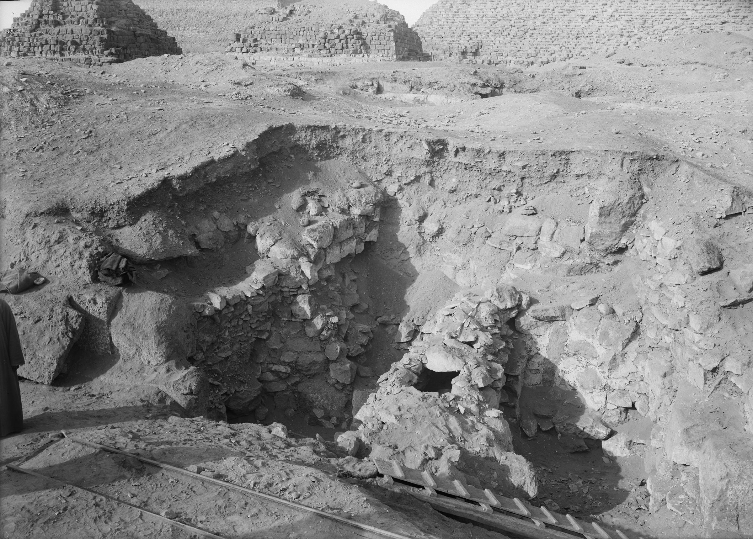 Eastern Cemetery: Site: Giza; View: G 7421, G 7410-7420