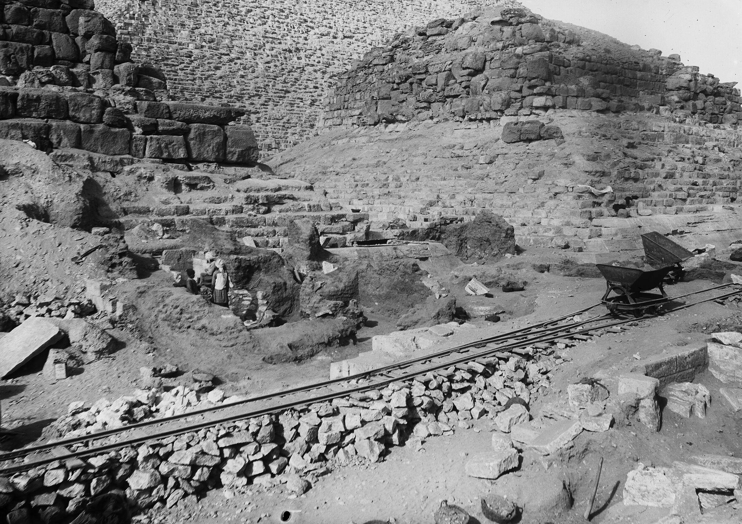 Eastern Cemetery: Site: Giza; View: street G 7000, G I-c, G I-b, avenue G 3