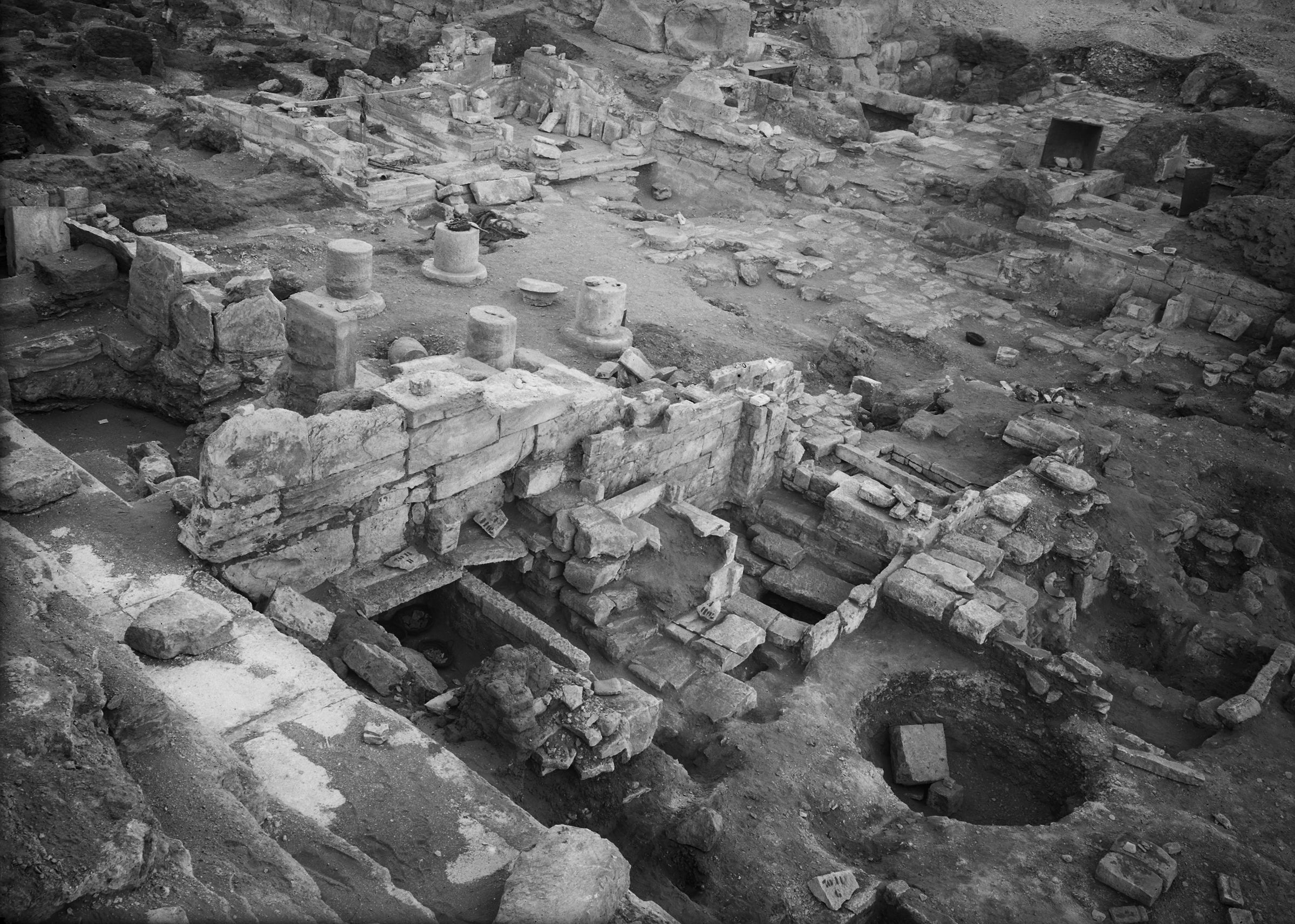 Eastern Cemetery: Site: Giza; View: Isis Temple, street G 7000, G 7011