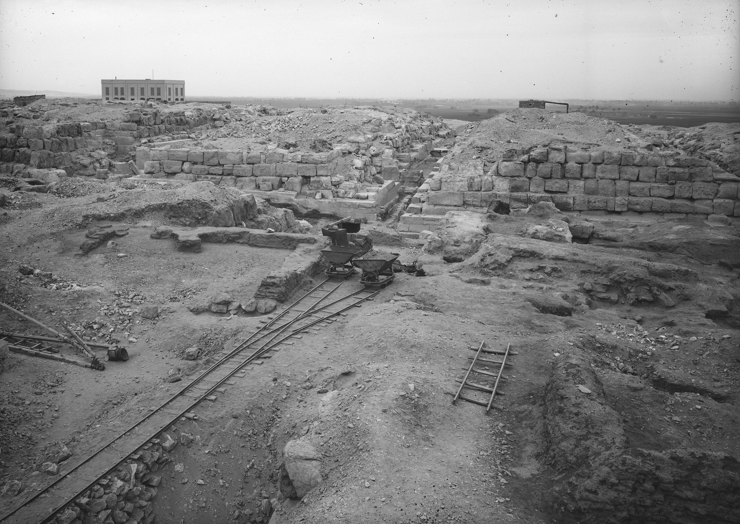 Eastern Cemetery: Site: Giza; View: street G 7300, G 7330-7340, G 7430-7440, G 7300 Pt i