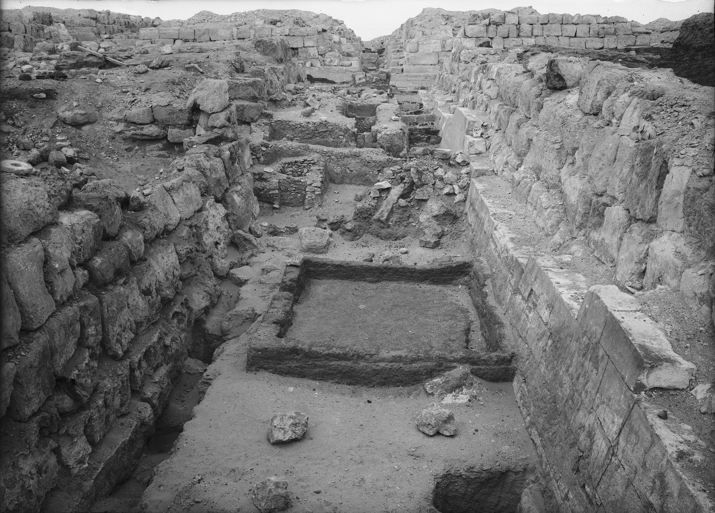 Eastern Cemetery: Site: Giza; View: street G 7300, G 7330-7340, G 7430-7440, G 7332