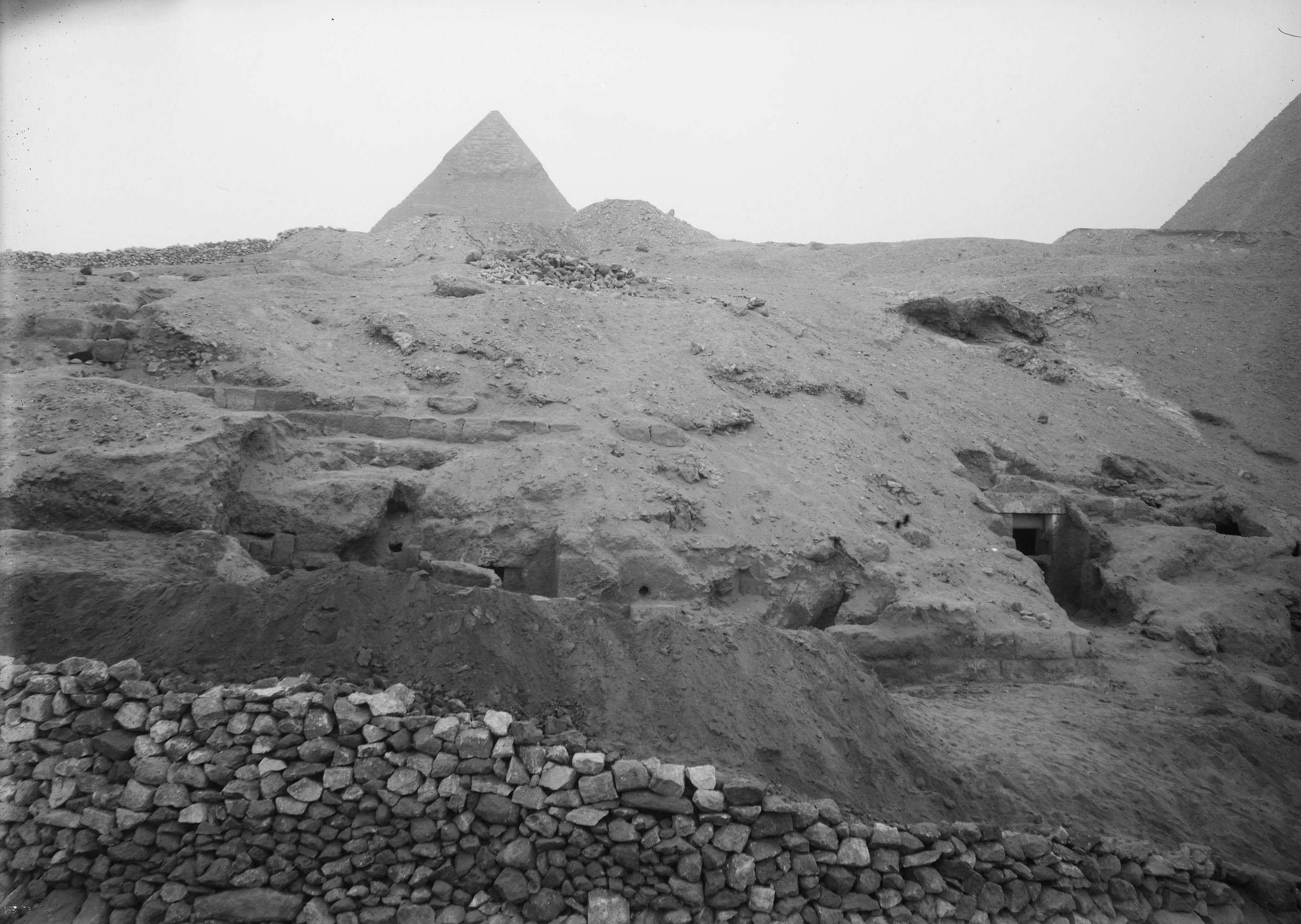 Eastern Cemetery: Site: Giza; View: G 7901, G 7903
