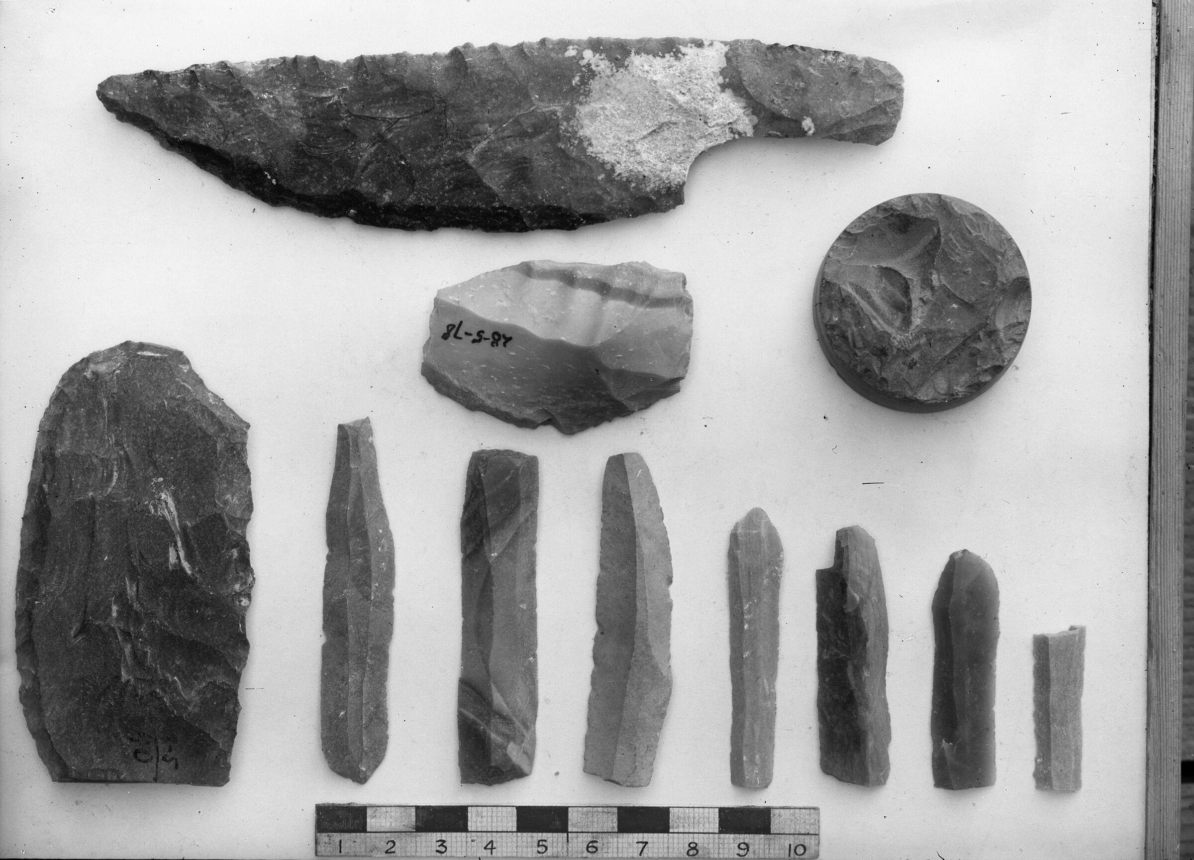 Object(s) photograph: Site: Giza; view: G 7784, street G 7500, street G 7300, G 7350, G 7330-7340, G 7550, G 7791