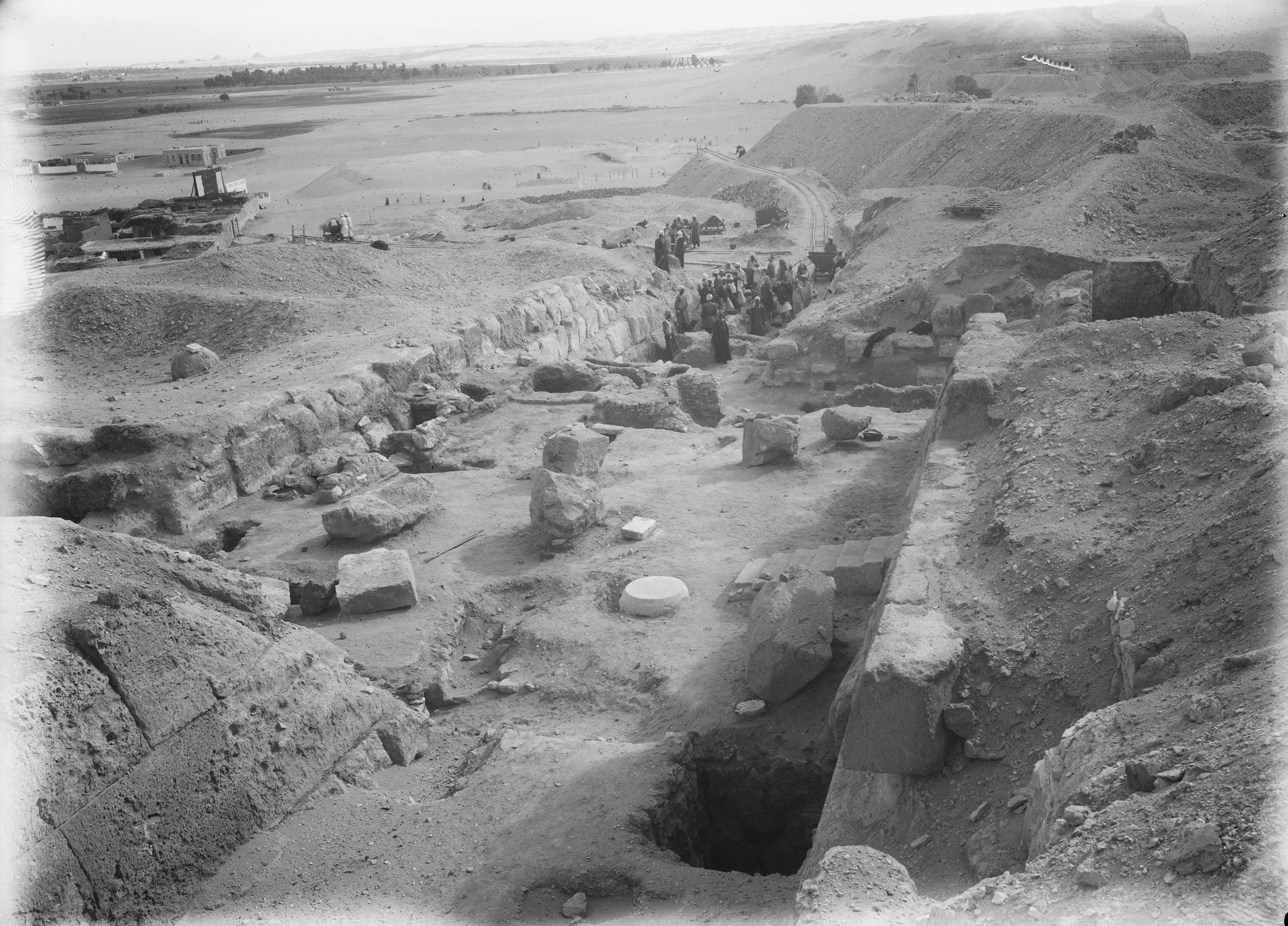 Eastern Cemetery: Site: Giza; View: street G 7500, G 7670, G 7560, G 7550