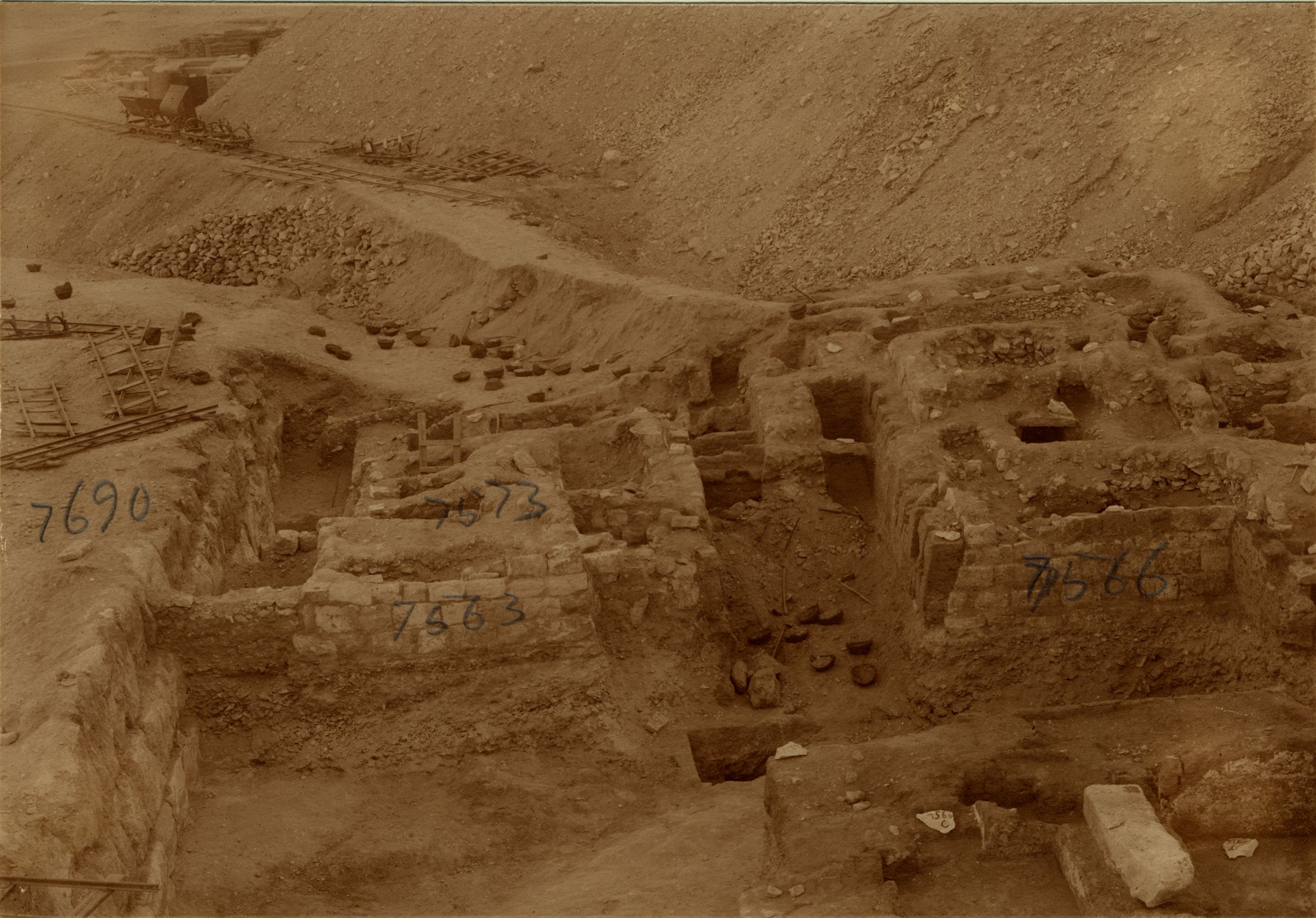Eastern Cemetery: Site: Giza; View: G 7690, G 7563, G 7573, G 7565, G 7566