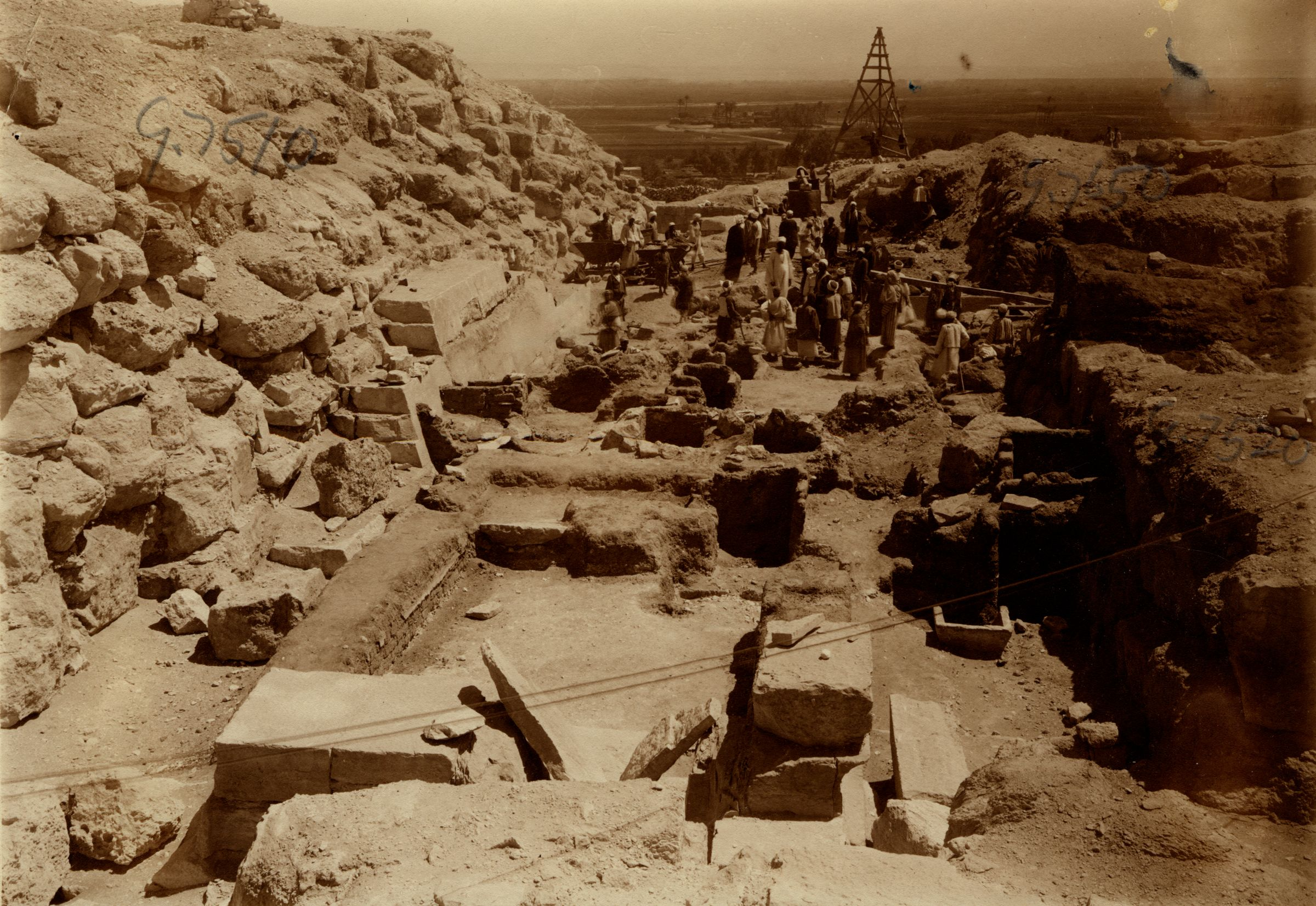 Eastern Cemetery: Site: Giza; View: avenue G 2, G 7510, G 7520, G 7650