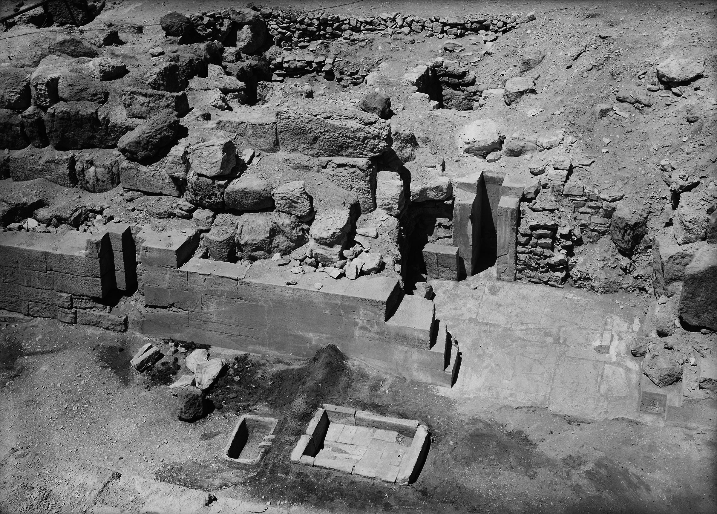 Eastern Cemetery: Site: Giza; View: G 7210-7220, street G 7200