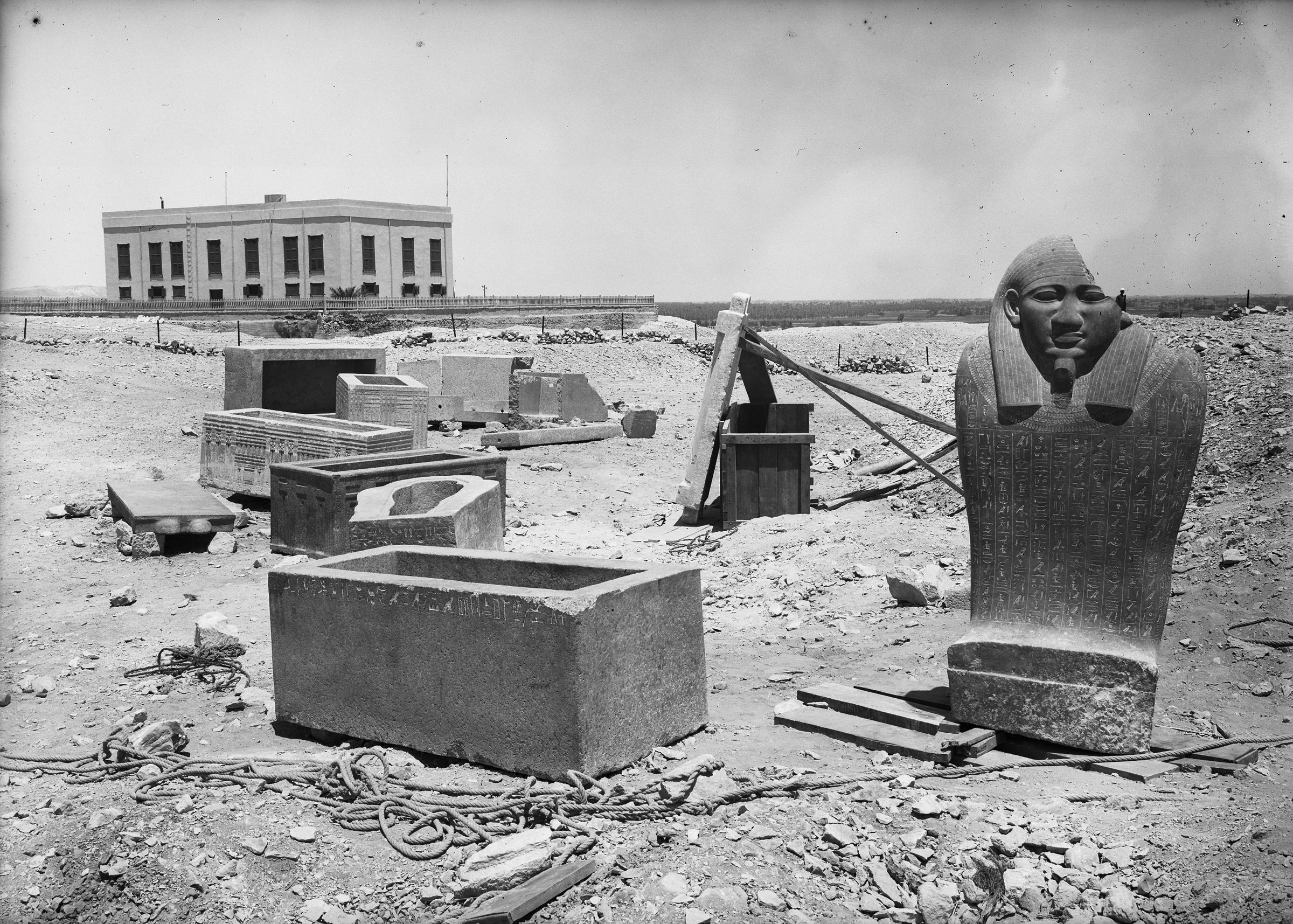 Eastern Cemetery: Site: Giza; View: G 7560, G 7330-7340, G 7650, G 7757