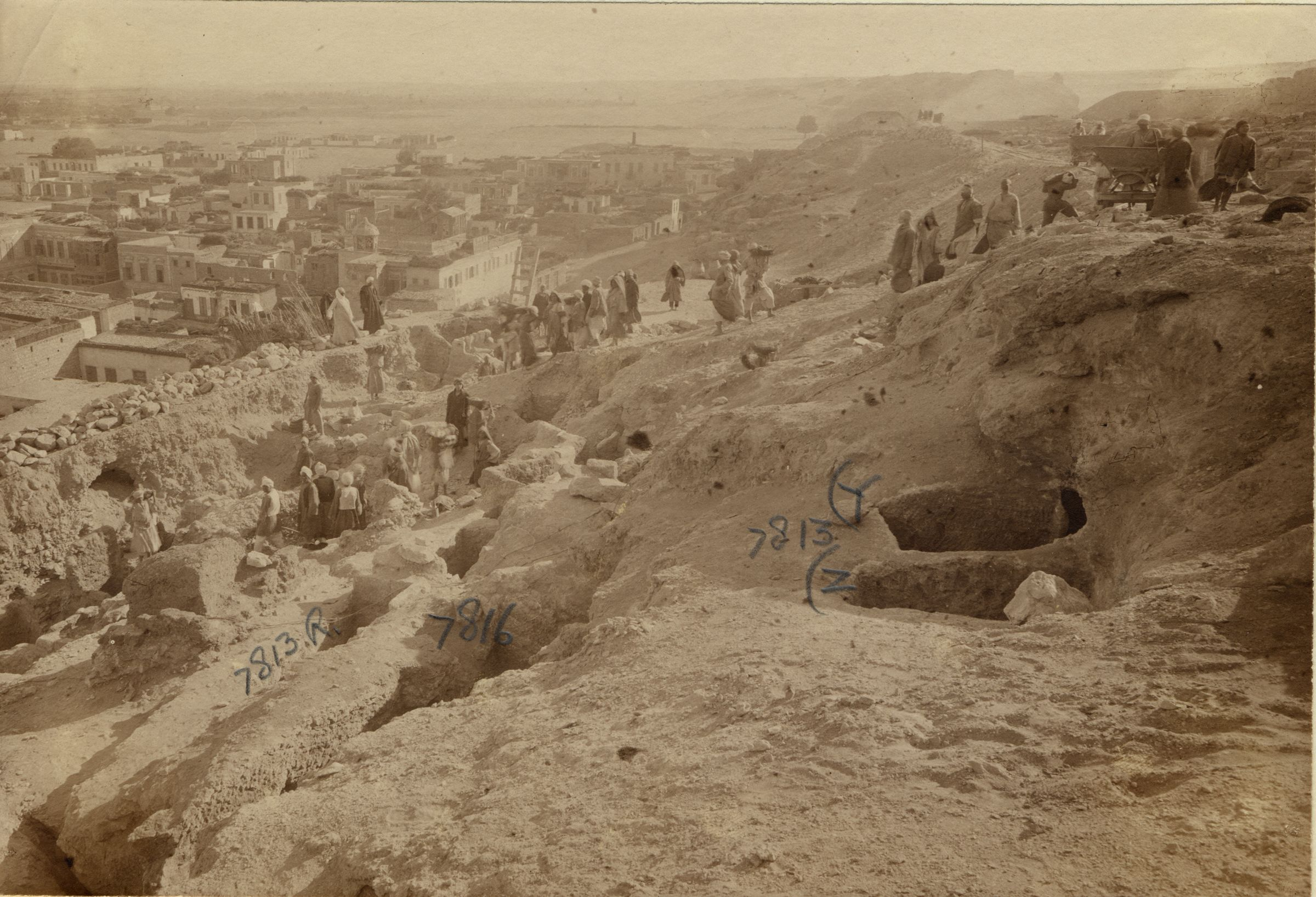 Eastern Cemetery: Site: Giza; View: G 7813, G 7816