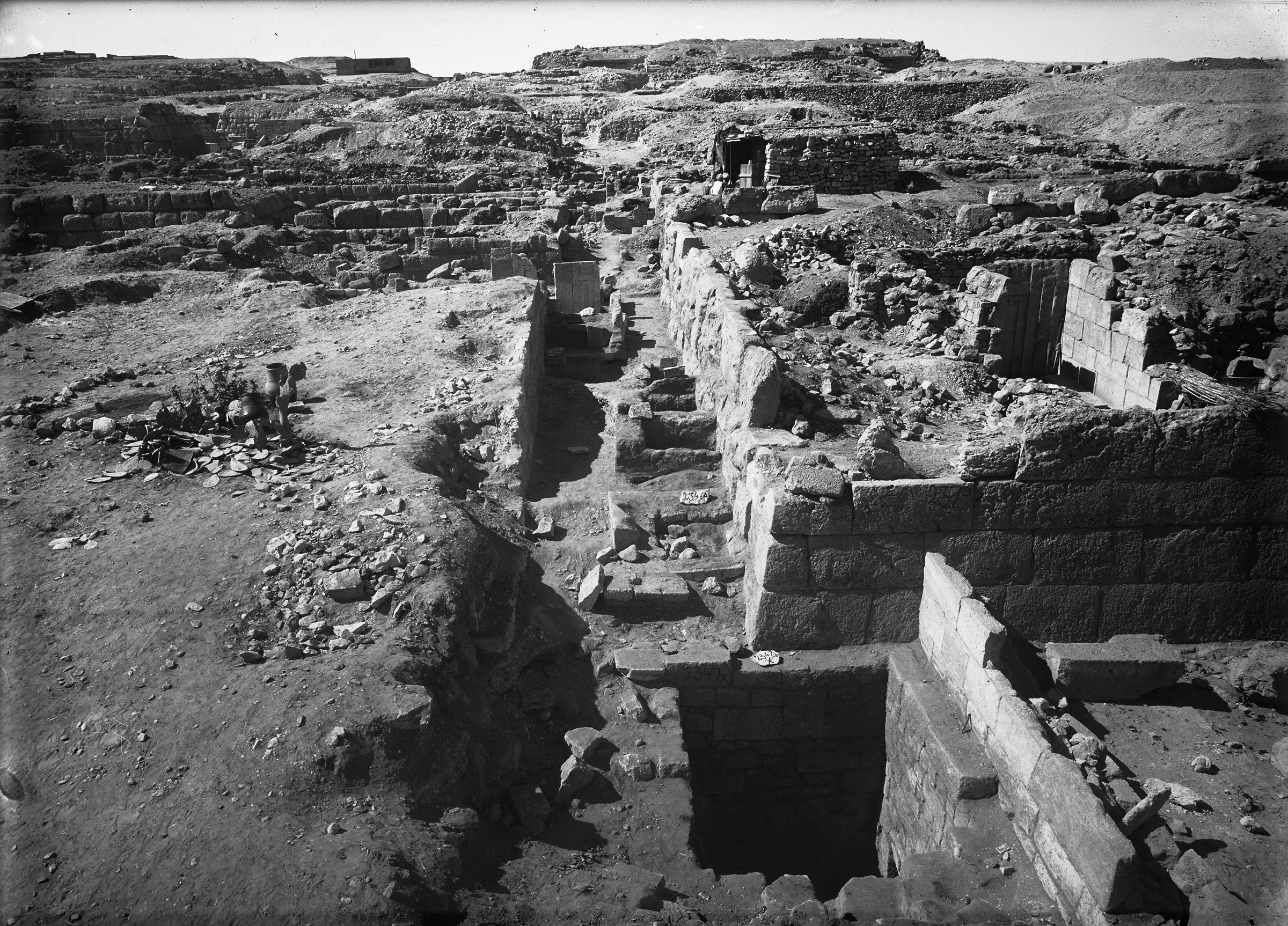 Western Cemetery: Site: Giza; View: G 2342 = G 5520, G 5522, G 2370, G 5562, G 5524, G 5523, G 5521, G 2343 = G 5511