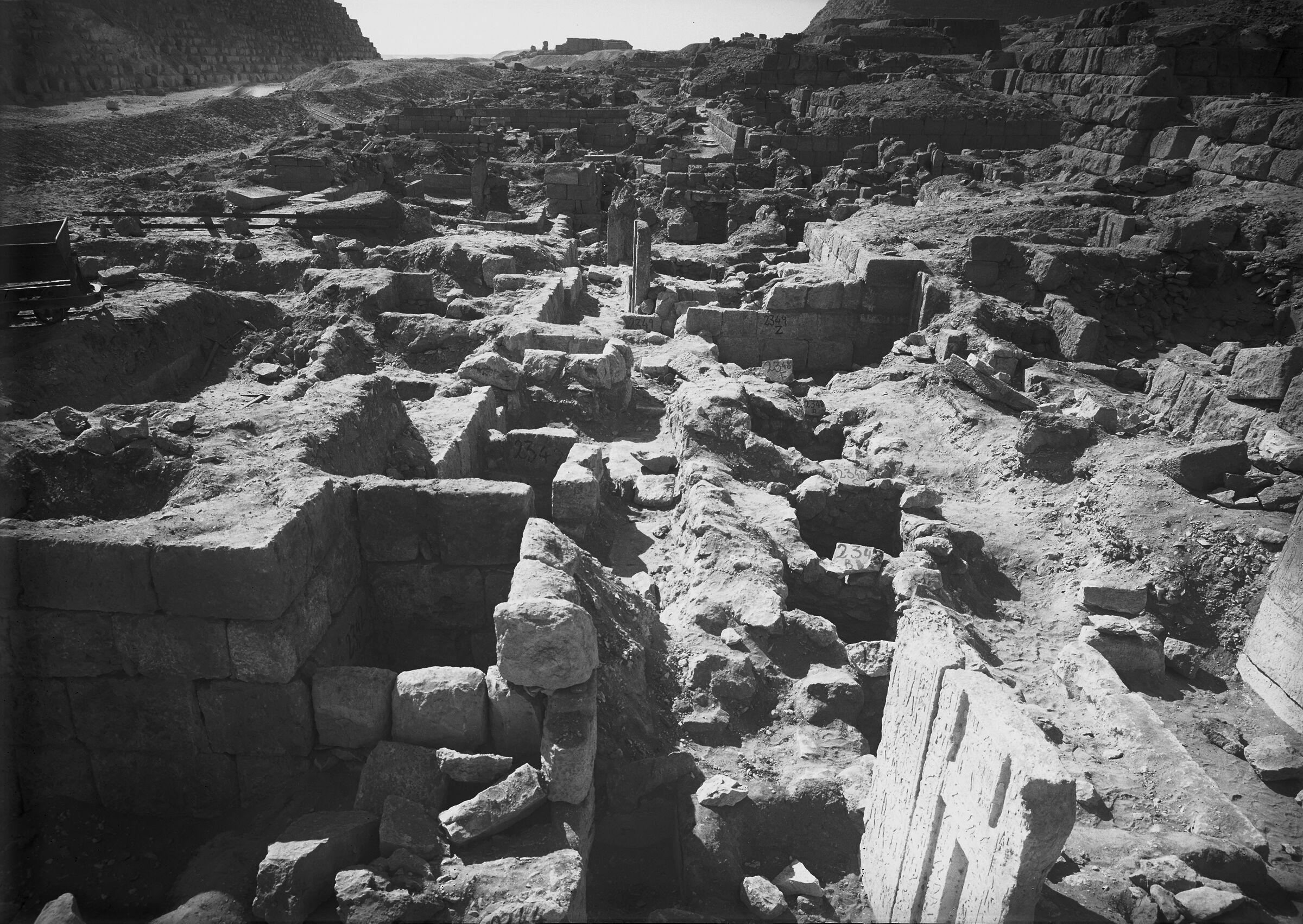 Western Cemetery: Site: Giza; View: G 2342 = G 5520, G 2343 = G 5511, G 5512, G 5510, G 2349 = G 5530