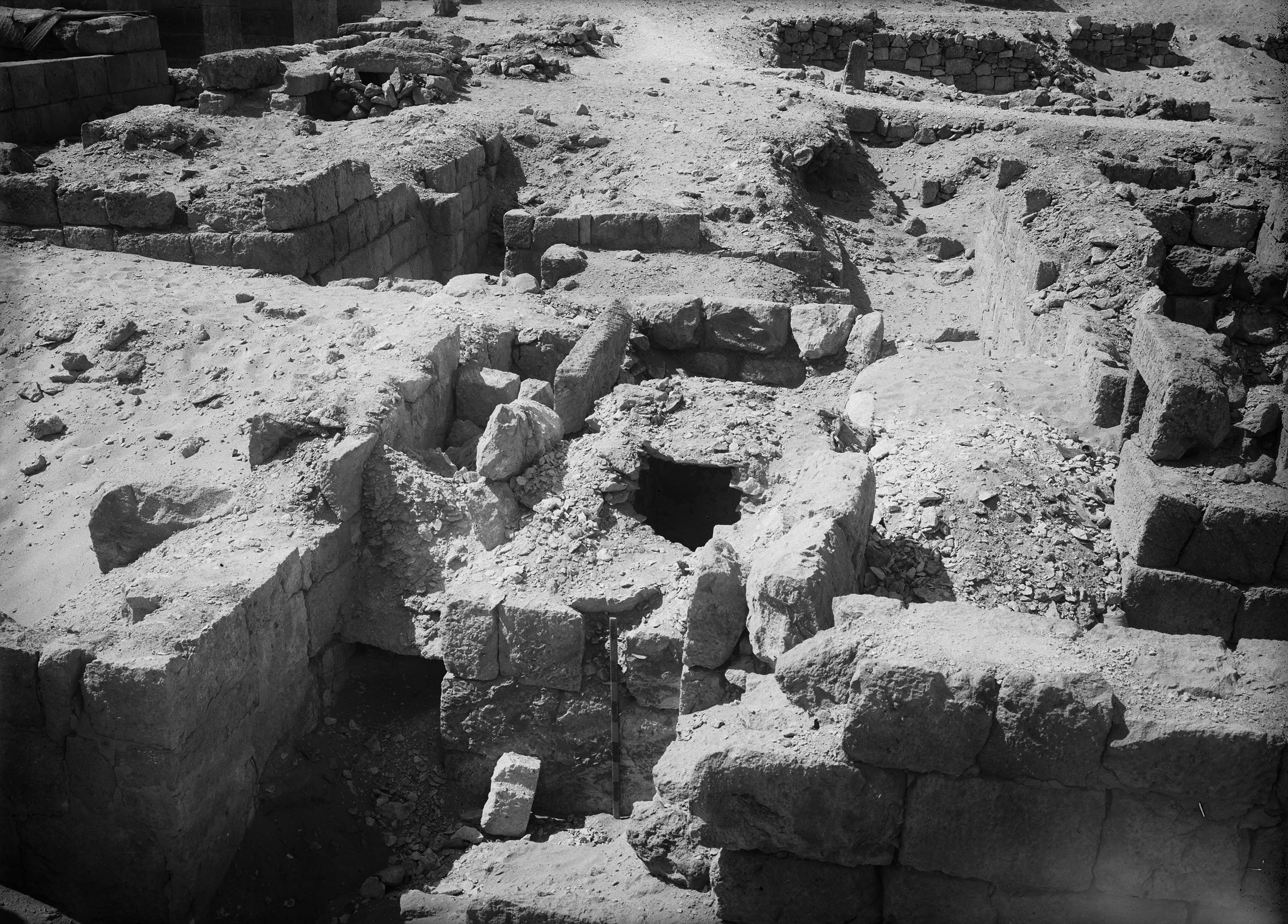 Western Cemetery: Site: Giza; View: G 1010
