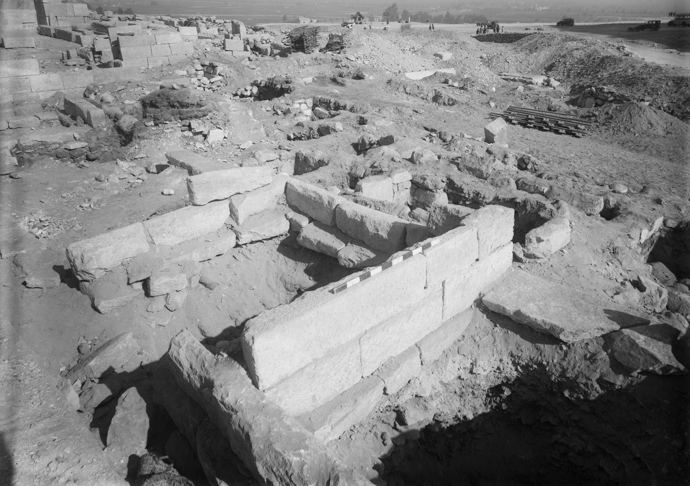 Western Cemetery: Site: Giza; View: G 5552, G 5553, G 5561, G 5551, G 5563, G 5564