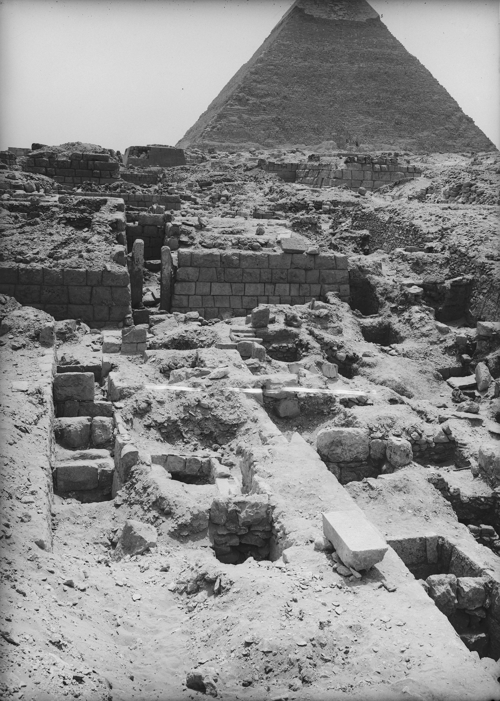 Western Cemetery: Site: Giza; View: G 2407, G 2403, G 2353