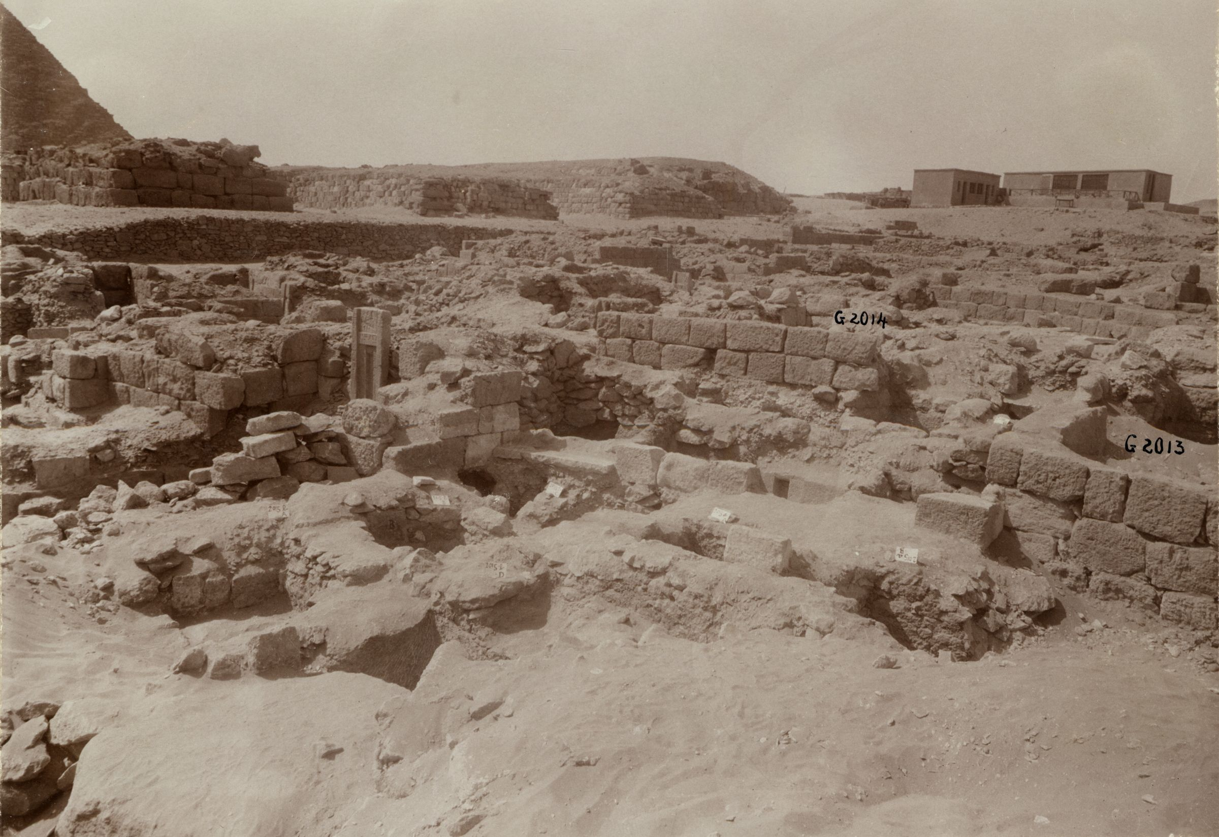 Western Cemetery: Site: Giza; View: G 2015, G 2013, G 2014