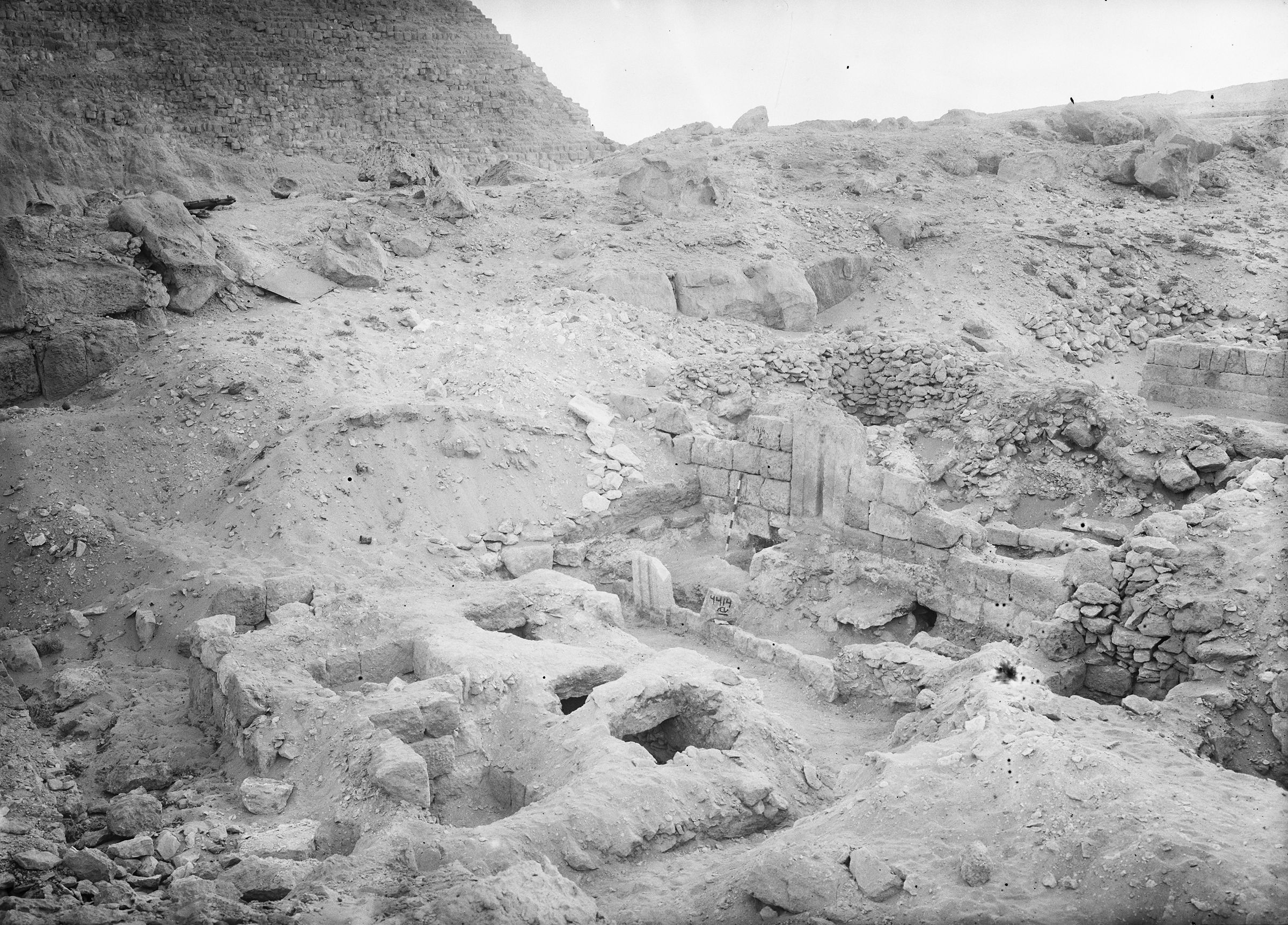 Western Cemetery: Site: Giza; View: G 4414, G 4413