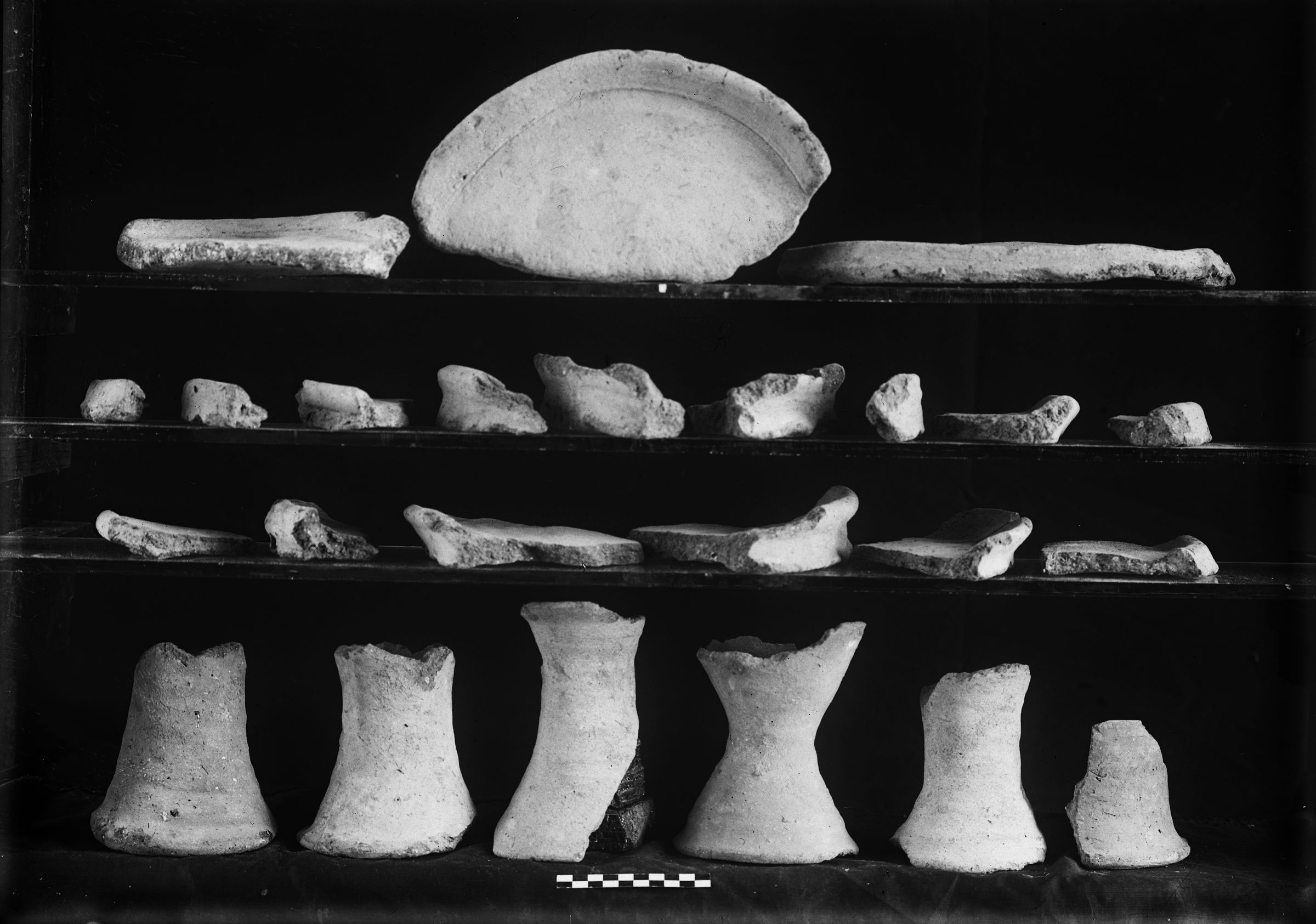 Object(s) photograph: Site: Giza; view: G 4122