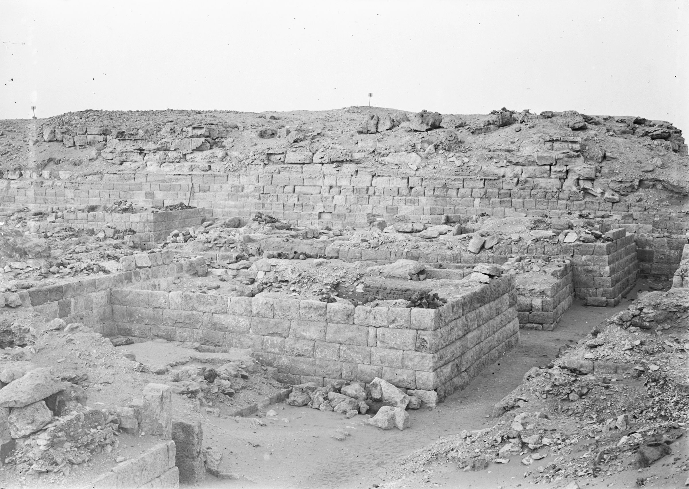 Western Cemetery: Site: Giza; View: G 1016, G 1017