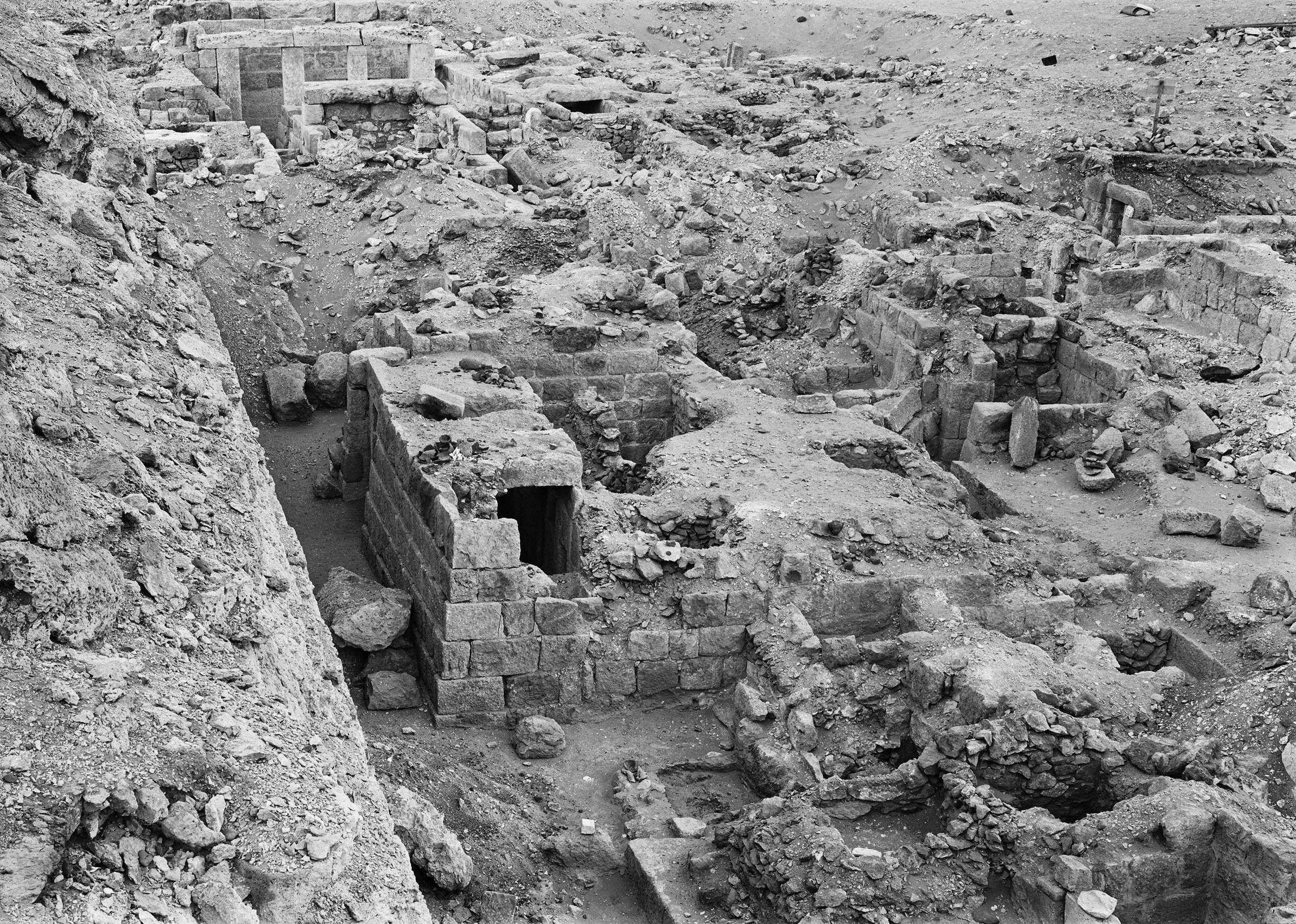 Western Cemetery: Site: Giza; View: G 1026, G 1027, G 1028