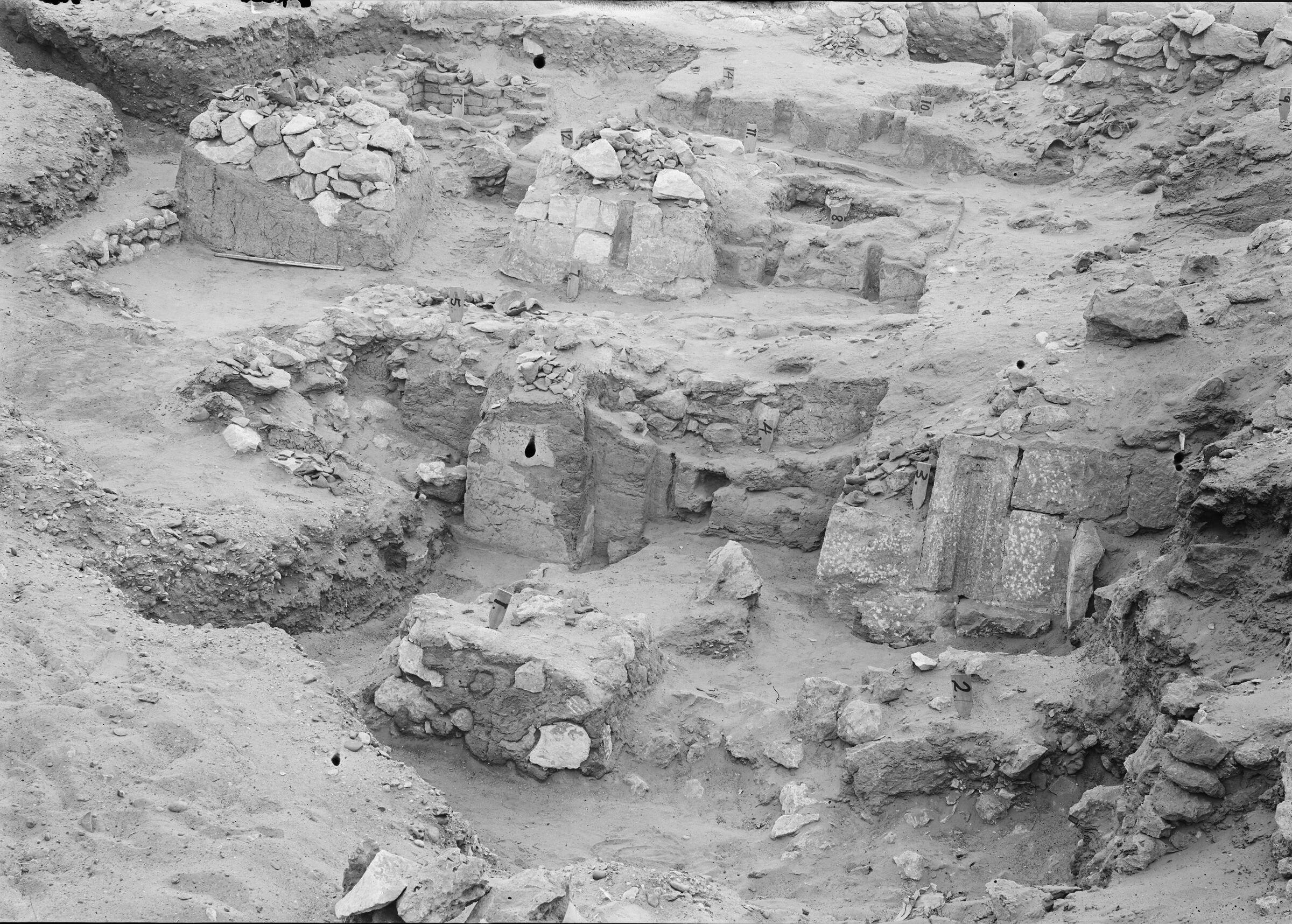 Wadi Cemetery (Reisner; north of W. Cem): Site: Giza; View: GW 1, GW 2, GW 3, GW 4, GW 5, GW 6, GW 7, GW 8, GW 10, GW 12, GW 13, GW 14