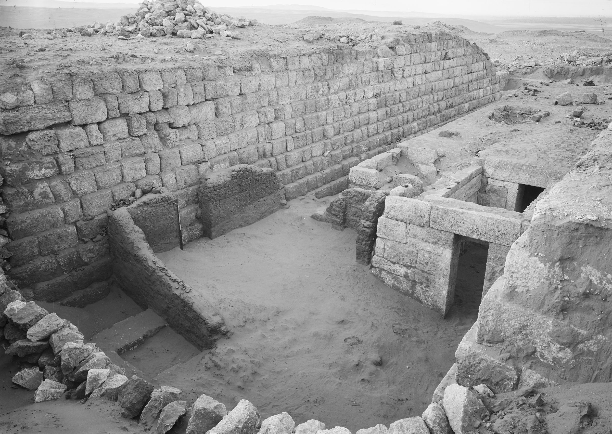 Western Cemetery: Site: Giza; View: G 1209, G 1208, G 1207