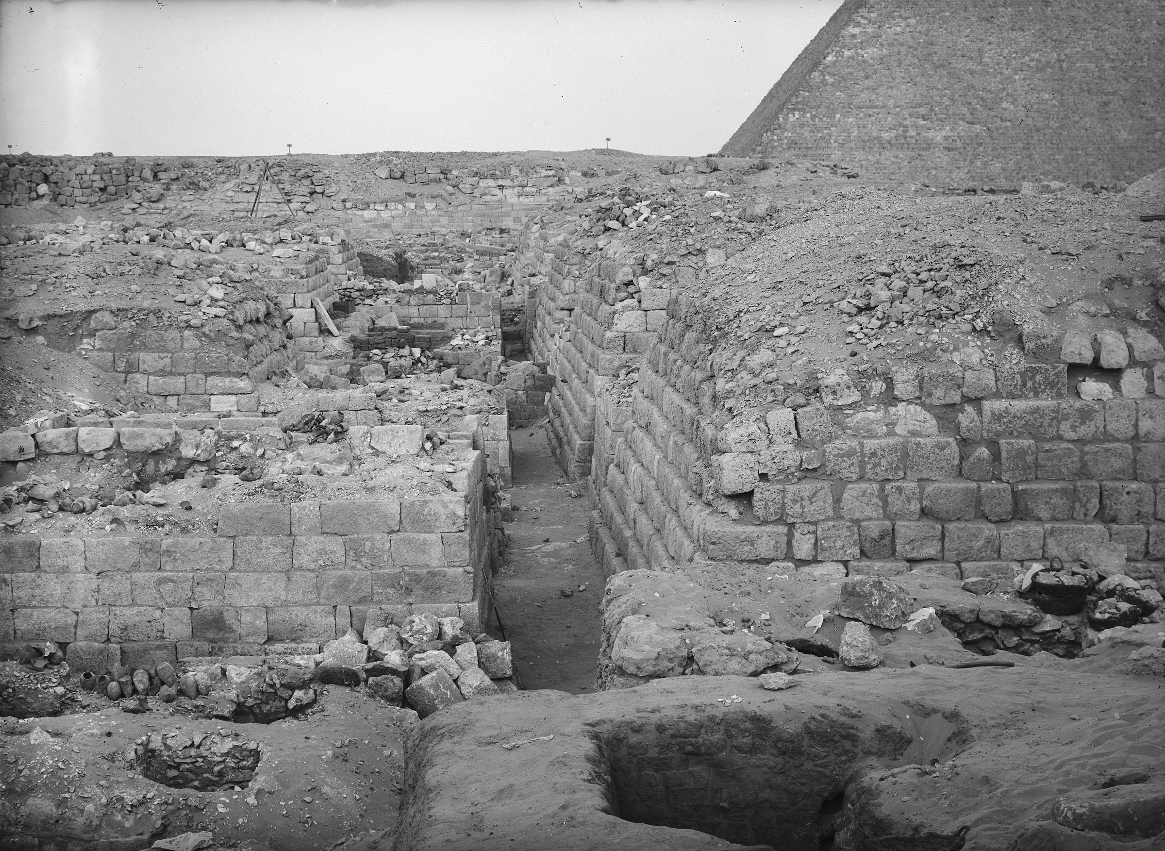 Western Cemetery: Site: Giza; View: G 1209, G 1207, G 1205
